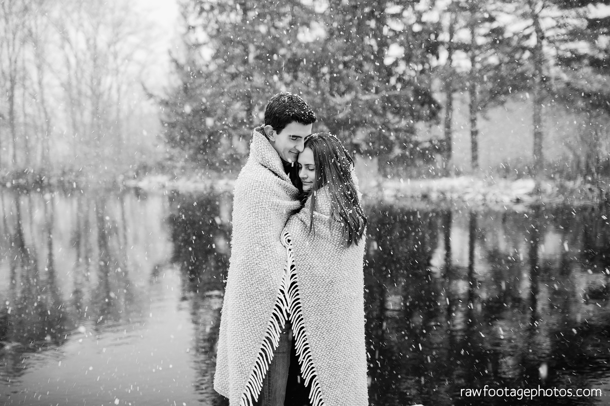 london_ontario_wedding_photographer-snowy_engagement_session-winter-barn-farm-snowflakes-blizzard-raw_footage_photography012.jpg