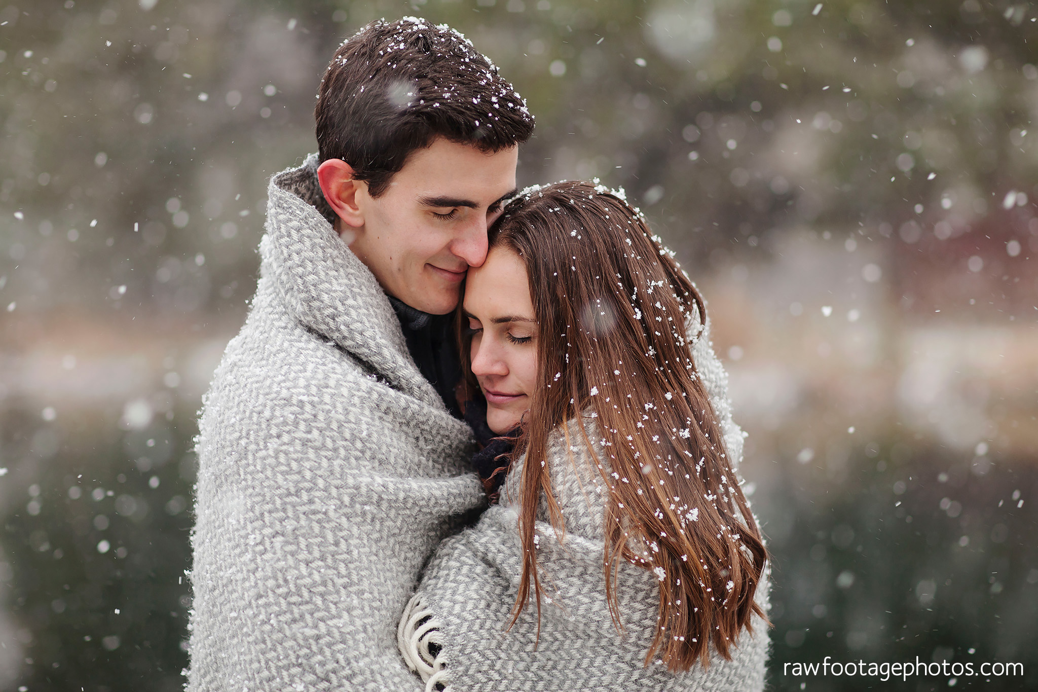 london_ontario_wedding_photographer-snowy_engagement_session-winter-barn-farm-snowflakes-blizzard-raw_footage_photography017.jpg