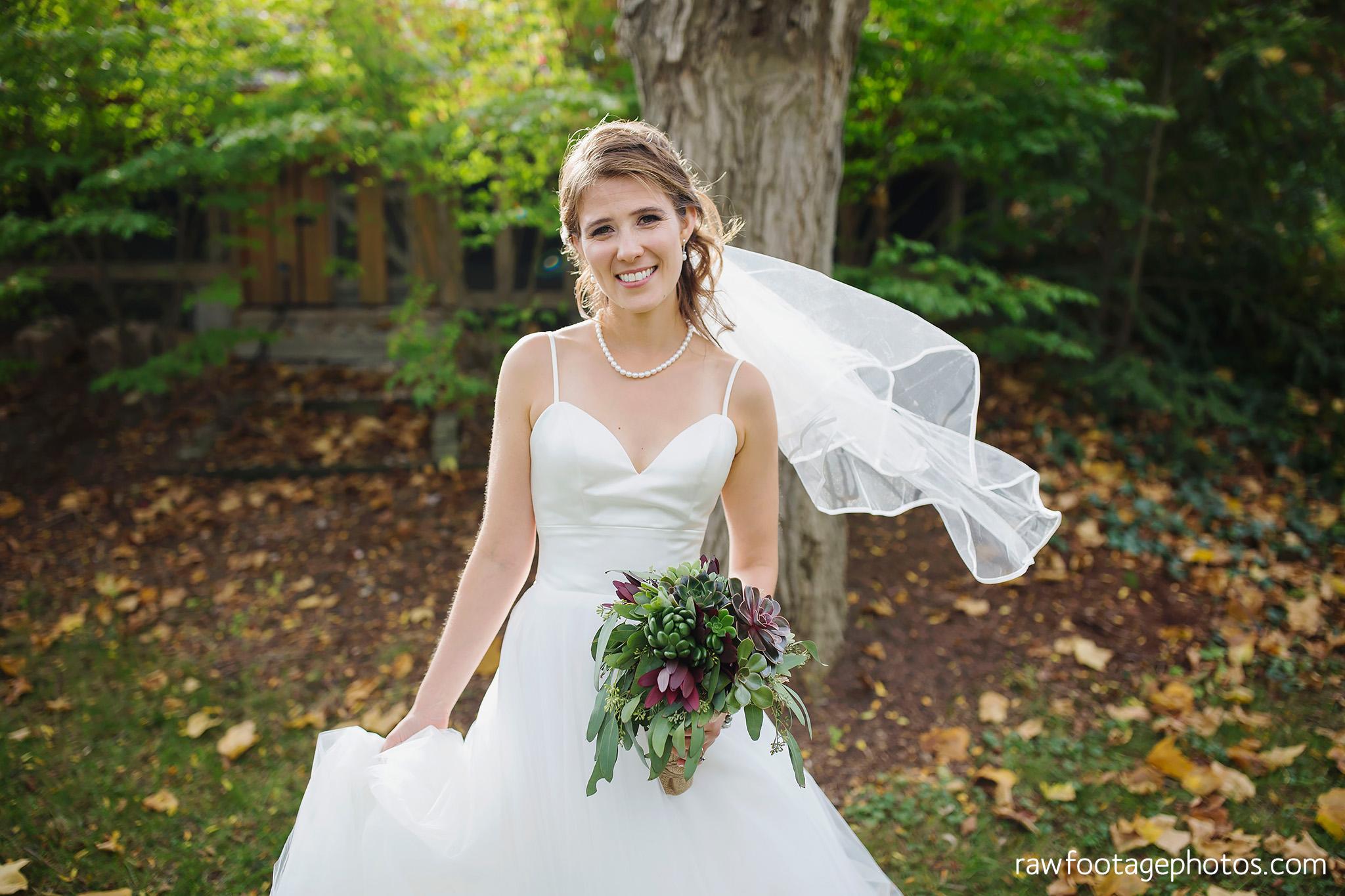 london_ontario_wedding_photographer-civic_gardens-springbank_park-succulent_bouquet-fall_wedding-bridge-raw_footage_photography013.jpg