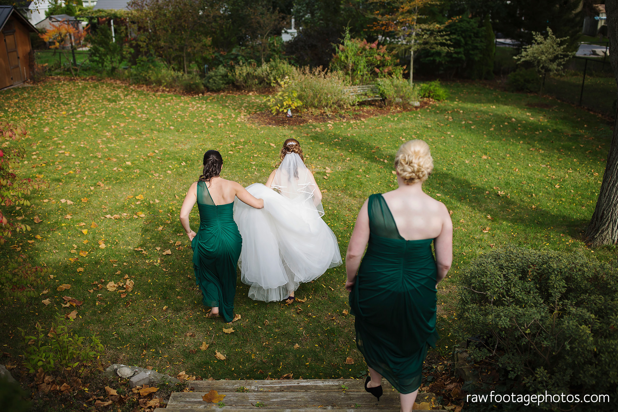 london_ontario_wedding_photographer-civic_gardens-springbank_park-succulent_bouquet-fall_wedding-bridge-raw_footage_photography012.jpg