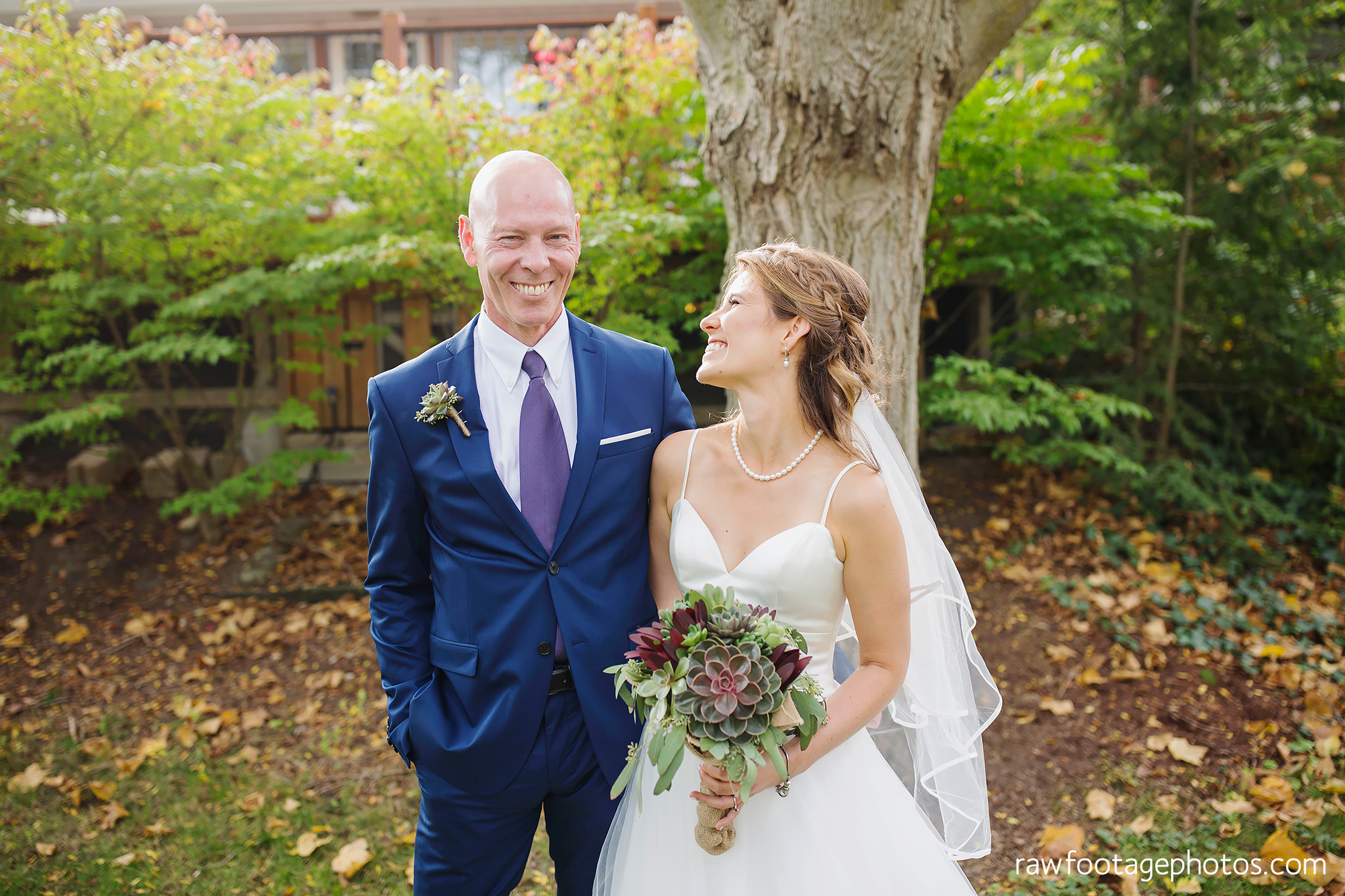 london_ontario_wedding_photographer-civic_gardens-springbank_park-succulent_bouquet-fall_wedding-bridge-raw_footage_photography016.jpg