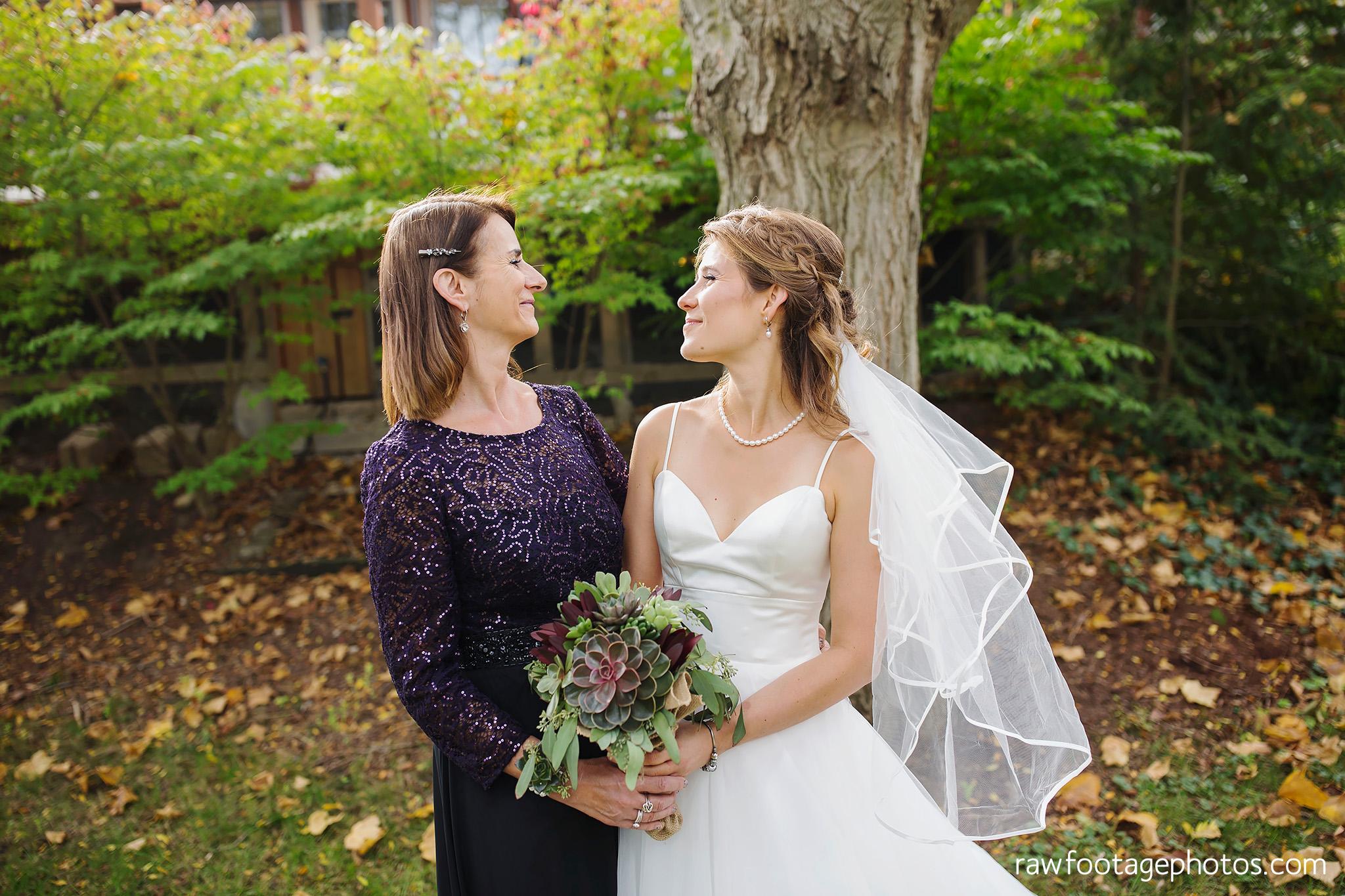 london_ontario_wedding_photographer-civic_gardens-springbank_park-succulent_bouquet-fall_wedding-bridge-raw_footage_photography018.jpg