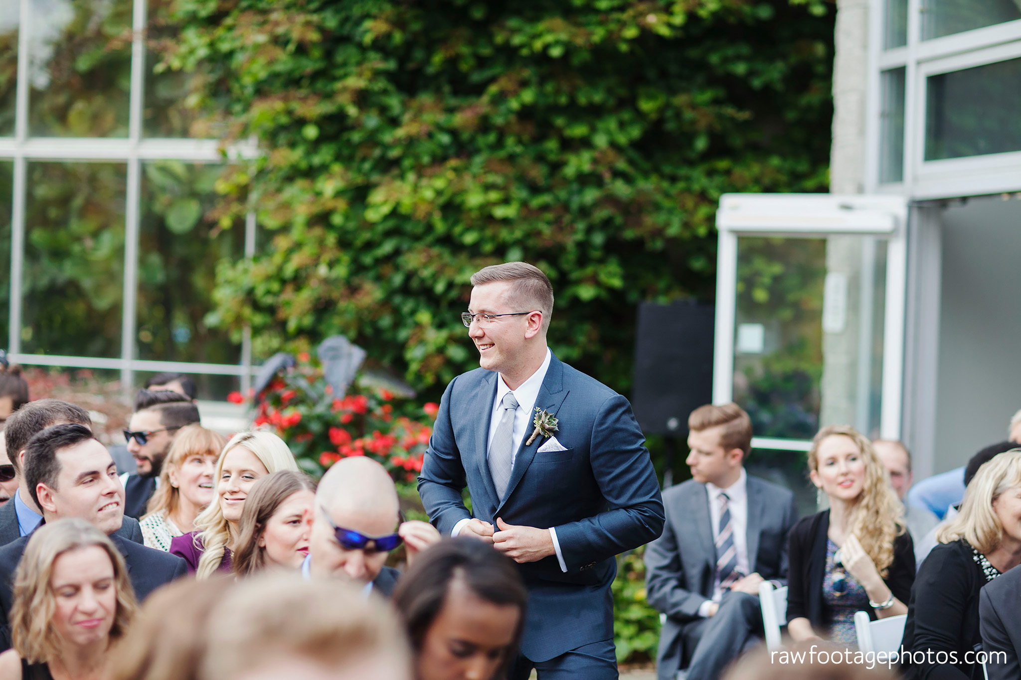 london_ontario_wedding_photographer-civic_gardens-springbank_park-succulent_bouquet-fall_wedding-bridge-raw_footage_photography036.jpg