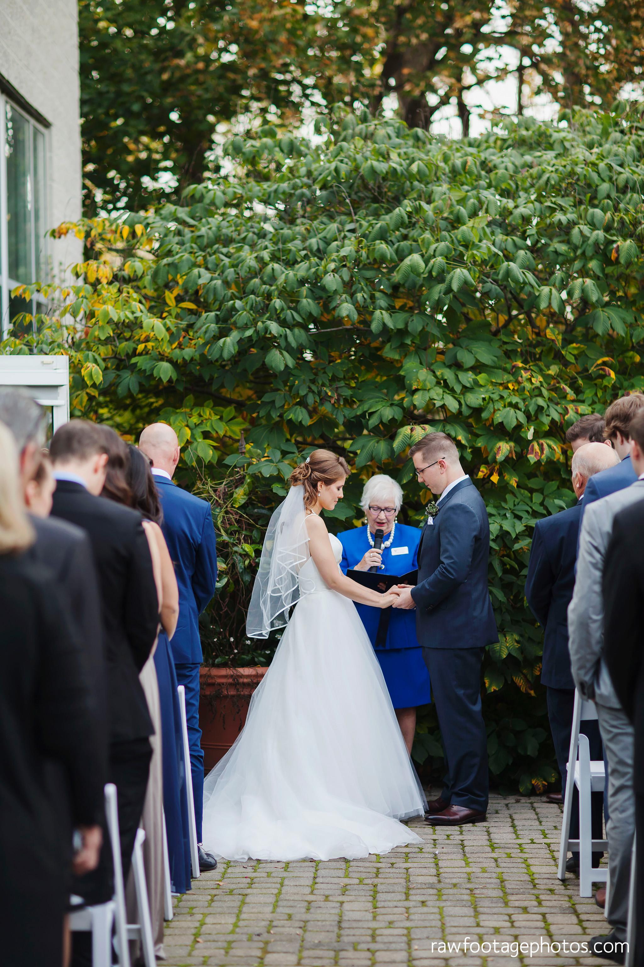 london_ontario_wedding_photographer-civic_gardens-springbank_park-succulent_bouquet-fall_wedding-bridge-raw_footage_photography038.jpg