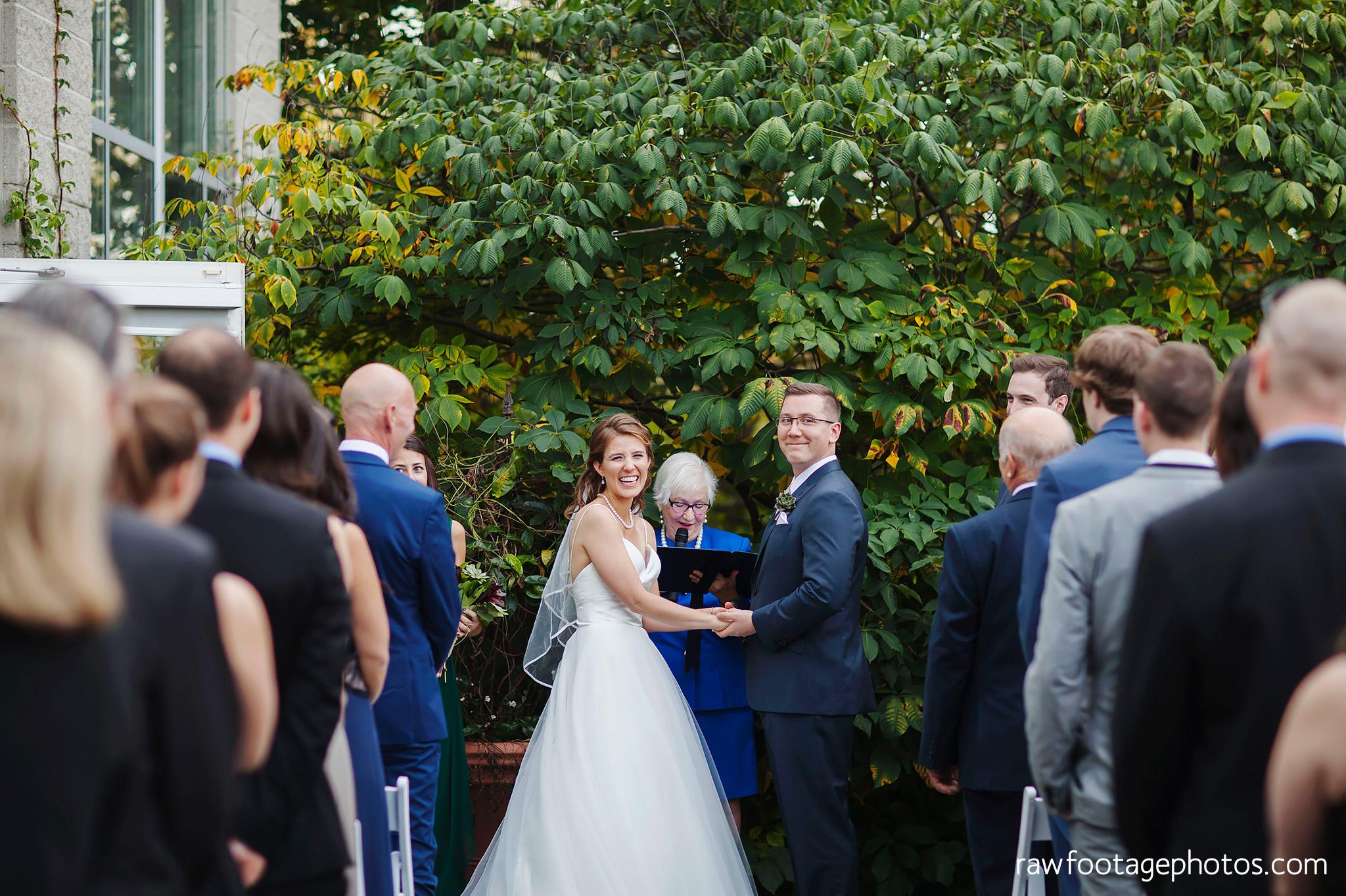 london_ontario_wedding_photographer-civic_gardens-springbank_park-succulent_bouquet-fall_wedding-bridge-raw_footage_photography040.jpg