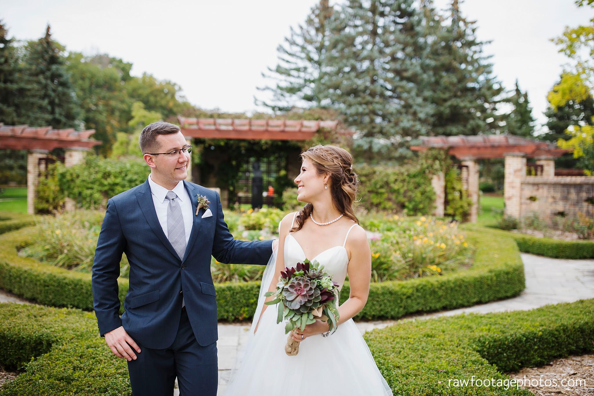 london_ontario_wedding_photographer-civic_gardens-springbank_park-succulent_bouquet-fall_wedding-bridge-raw_footage_photography054.jpg