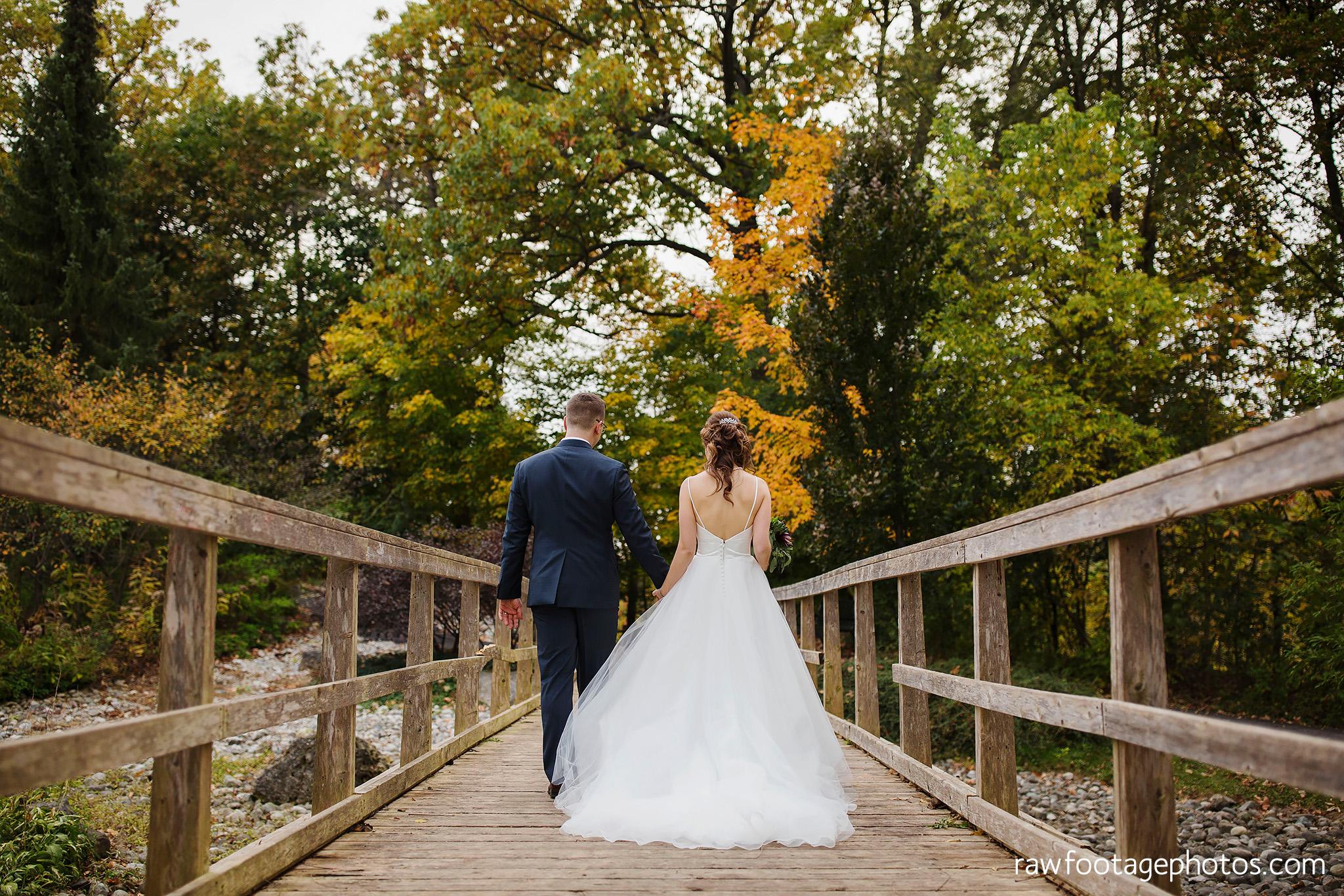 london_ontario_wedding_photographer-civic_gardens-springbank_park-succulent_bouquet-fall_wedding-bridge-raw_footage_photography058.jpg