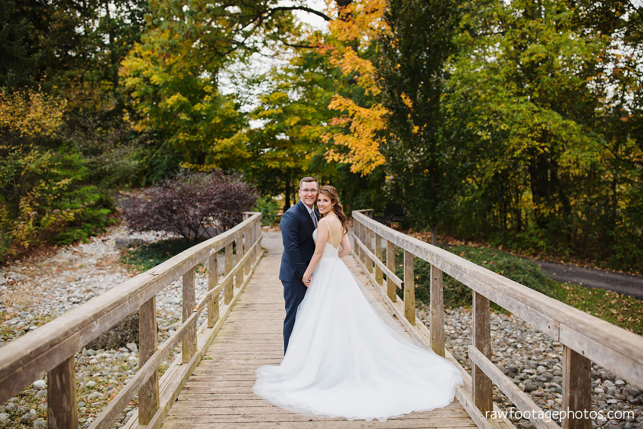 london_ontario_wedding_photographer-civic_gardens-springbank_park-succulent_bouquet-fall_wedding-bridge-raw_footage_photography061.jpg