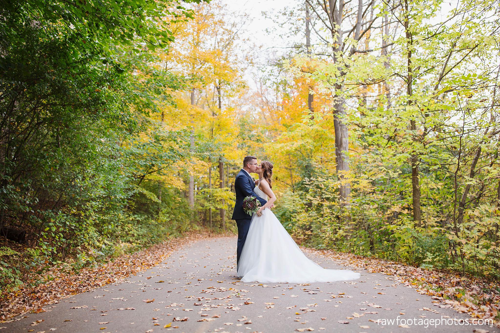 london_ontario_wedding_photographer-civic_gardens-springbank_park-succulent_bouquet-fall_wedding-bridge-raw_footage_photography062.jpg
