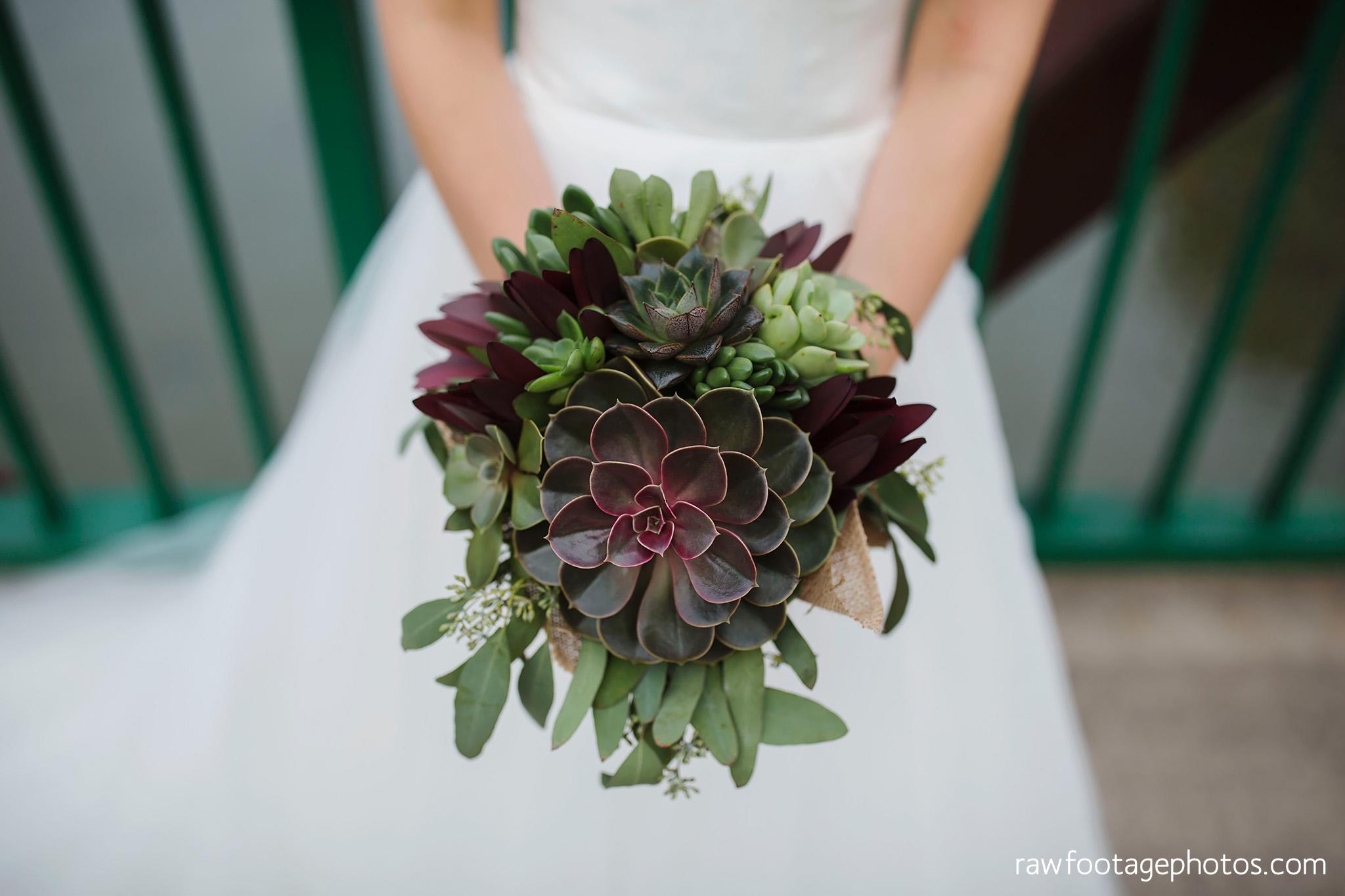 london_ontario_wedding_photographer-civic_gardens-springbank_park-succulent_bouquet-fall_wedding-bridge-raw_footage_photography074.jpg