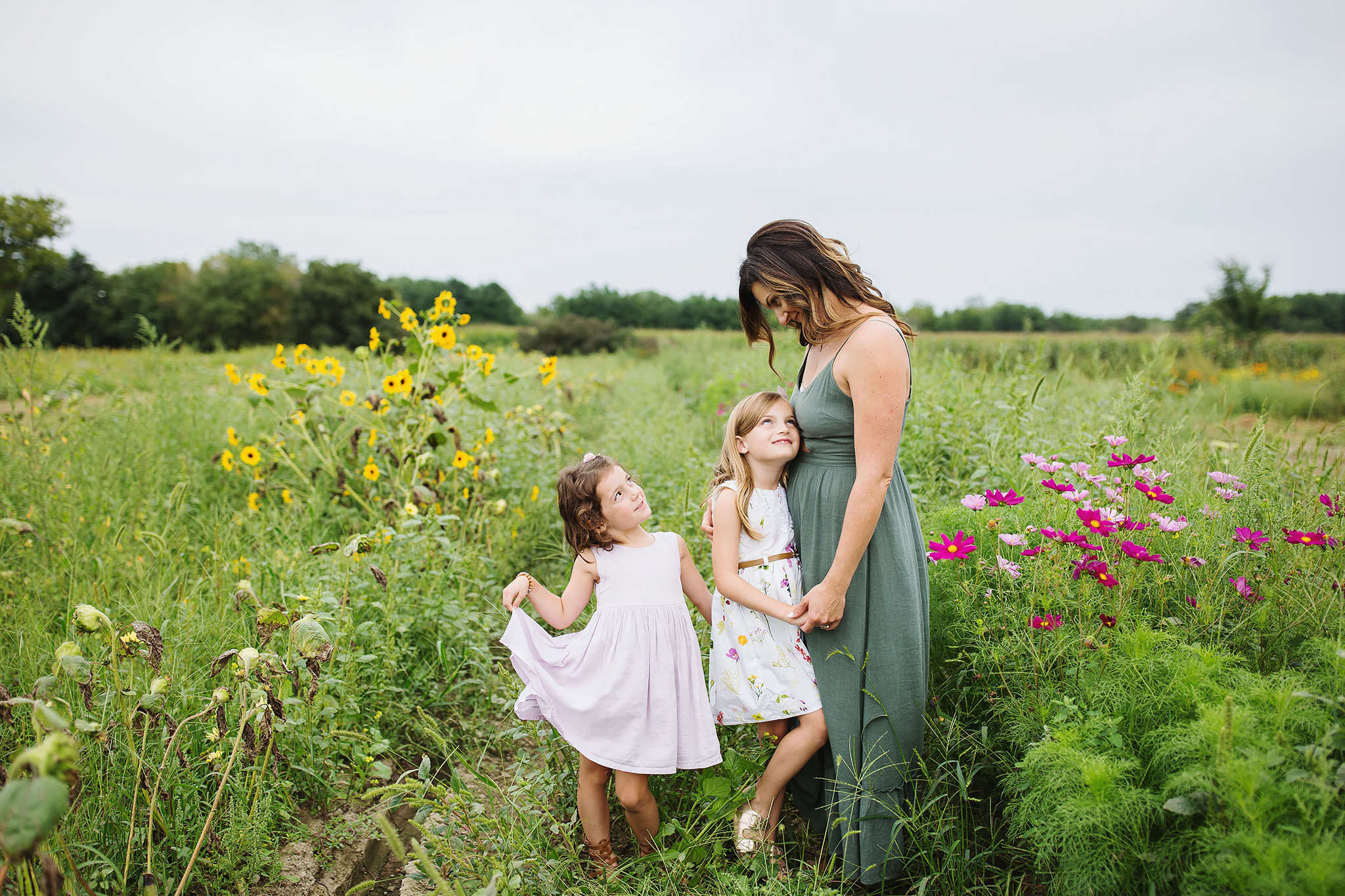 London_ontario_family_photographer-harris_flower_farm-flower_farm_minis-raw_footage_photography001.jpg