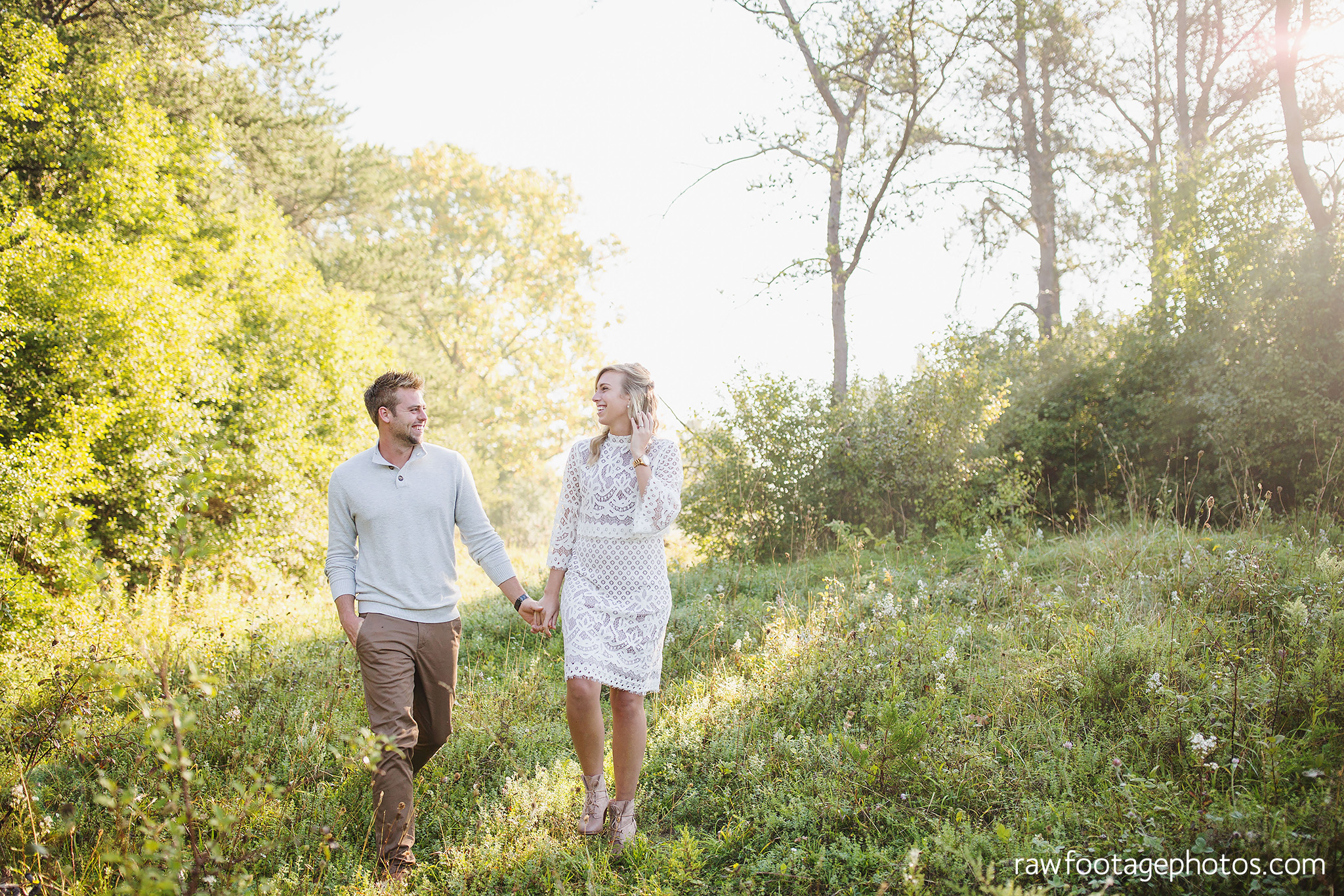 London_Ontario_Family_photographer-Fall_Minis-Woods-Forest-Nature-Candid-Lifestyle-Raw_Footage_Photography001.jpg