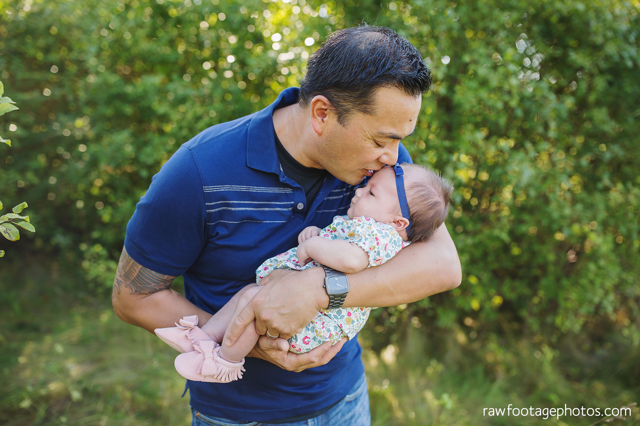 London_Ontario_Family_photographer-Fall_Minis-Woods-Forest-Nature-Candid-Lifestyle-Raw_Footage_Photography009.jpg
