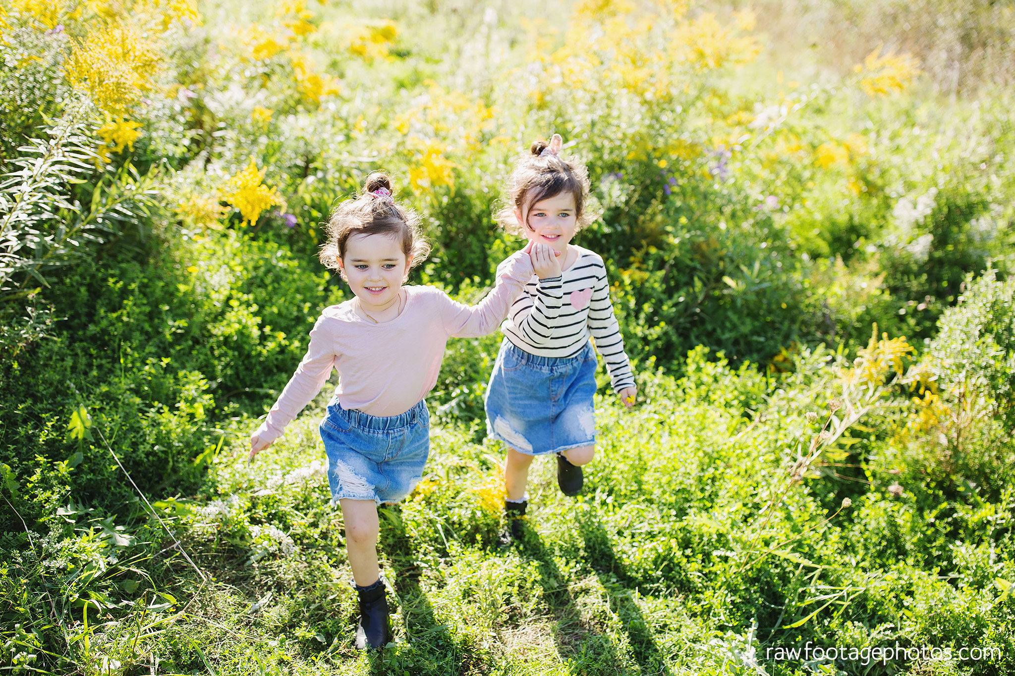 London_Ontario_Family_photographer-Fall_Minis-Woods-Forest-Nature-Candid-Lifestyle-Raw_Footage_Photography030.jpg