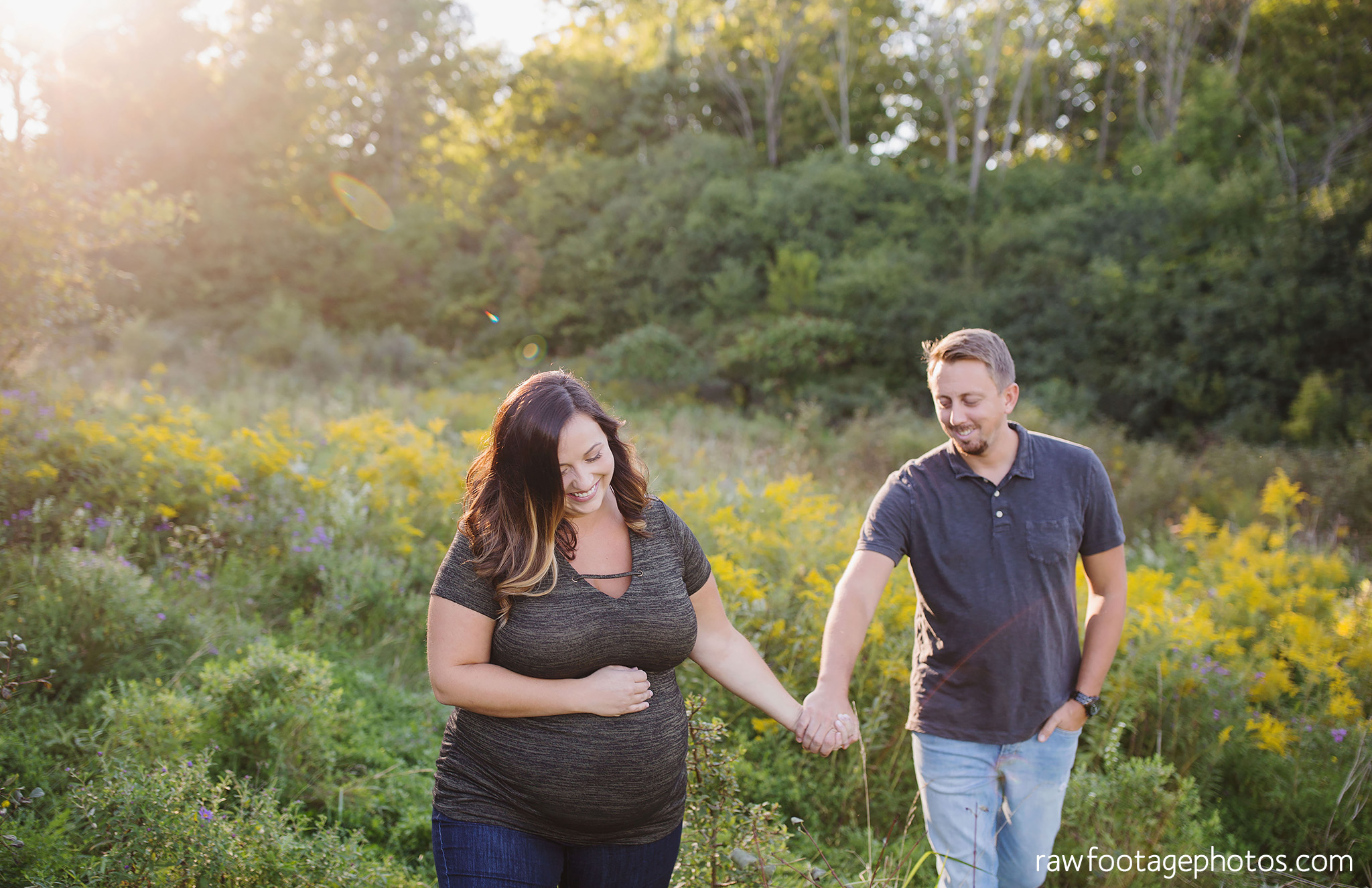 London_Ontario_Family_photographer-Fall_Minis-Woods-Forest-Nature-Candid-Lifestyle-Raw_Footage_Photography038.jpg
