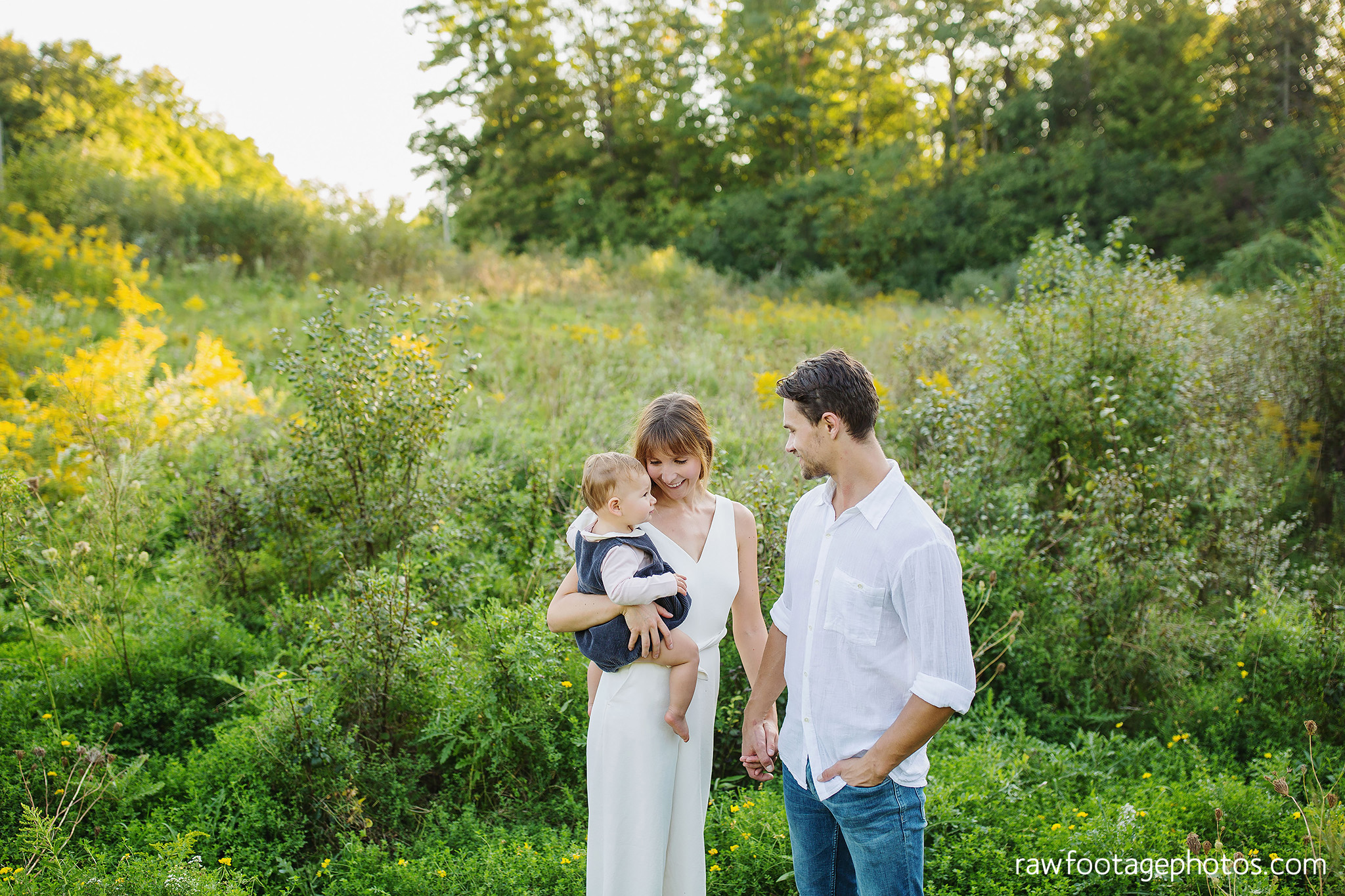 London_Ontario_Family_photographer-Fall_Minis-Woods-Forest-Nature-Candid-Lifestyle-Raw_Footage_Photography046.jpg
