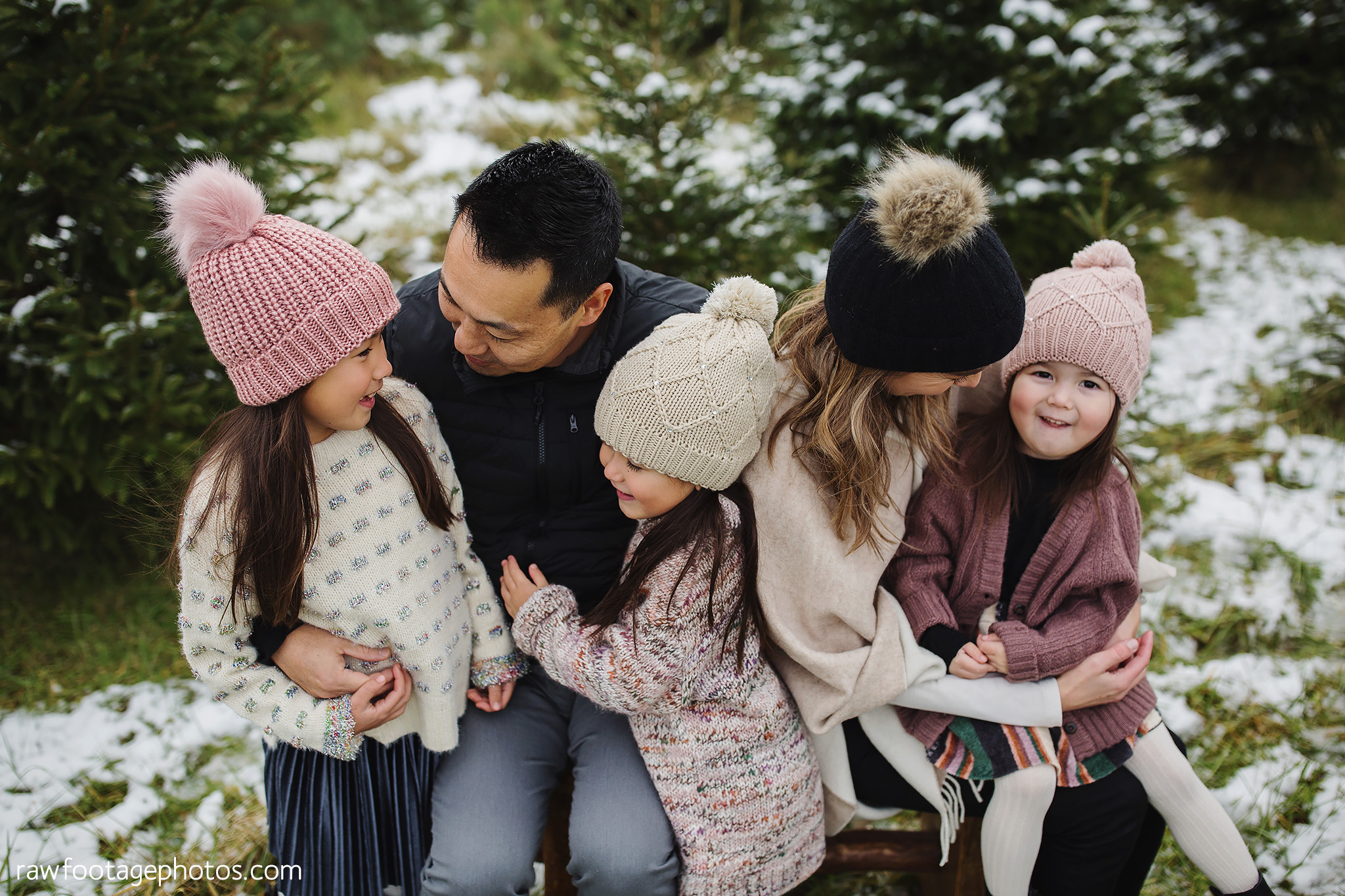 london_ontario_family_photographer-raw_footage_photography-tree_farm_minis-christmas_sessions-winter0001.jpg