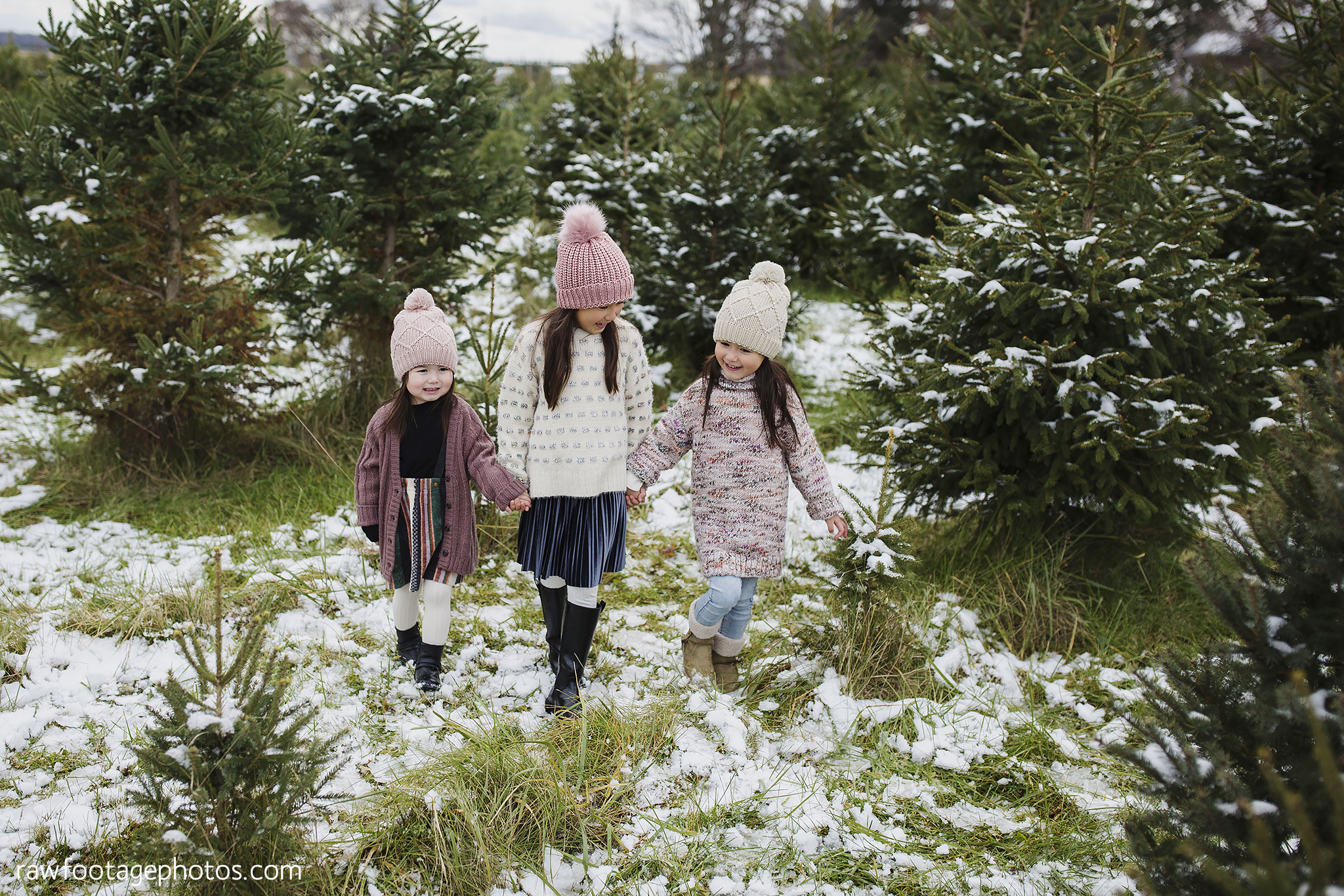 london_ontario_family_photographer-raw_footage_photography-tree_farm_minis-christmas_sessions-winter0004.jpg