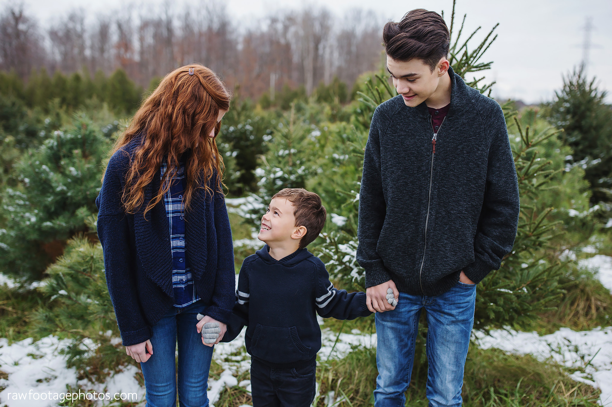 london_ontario_family_photographer-raw_footage_photography-tree_farm_minis-christmas_sessions-winter0021.jpg