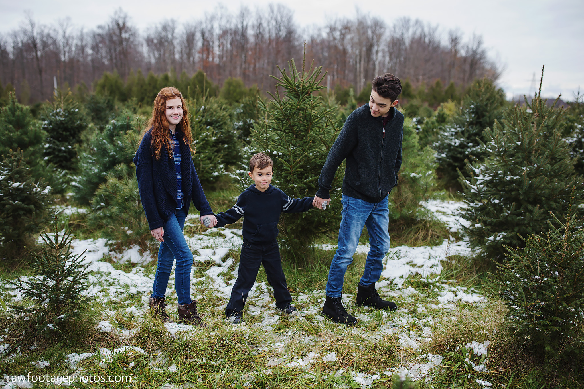 london_ontario_family_photographer-raw_footage_photography-tree_farm_minis-christmas_sessions-winter0022.jpg