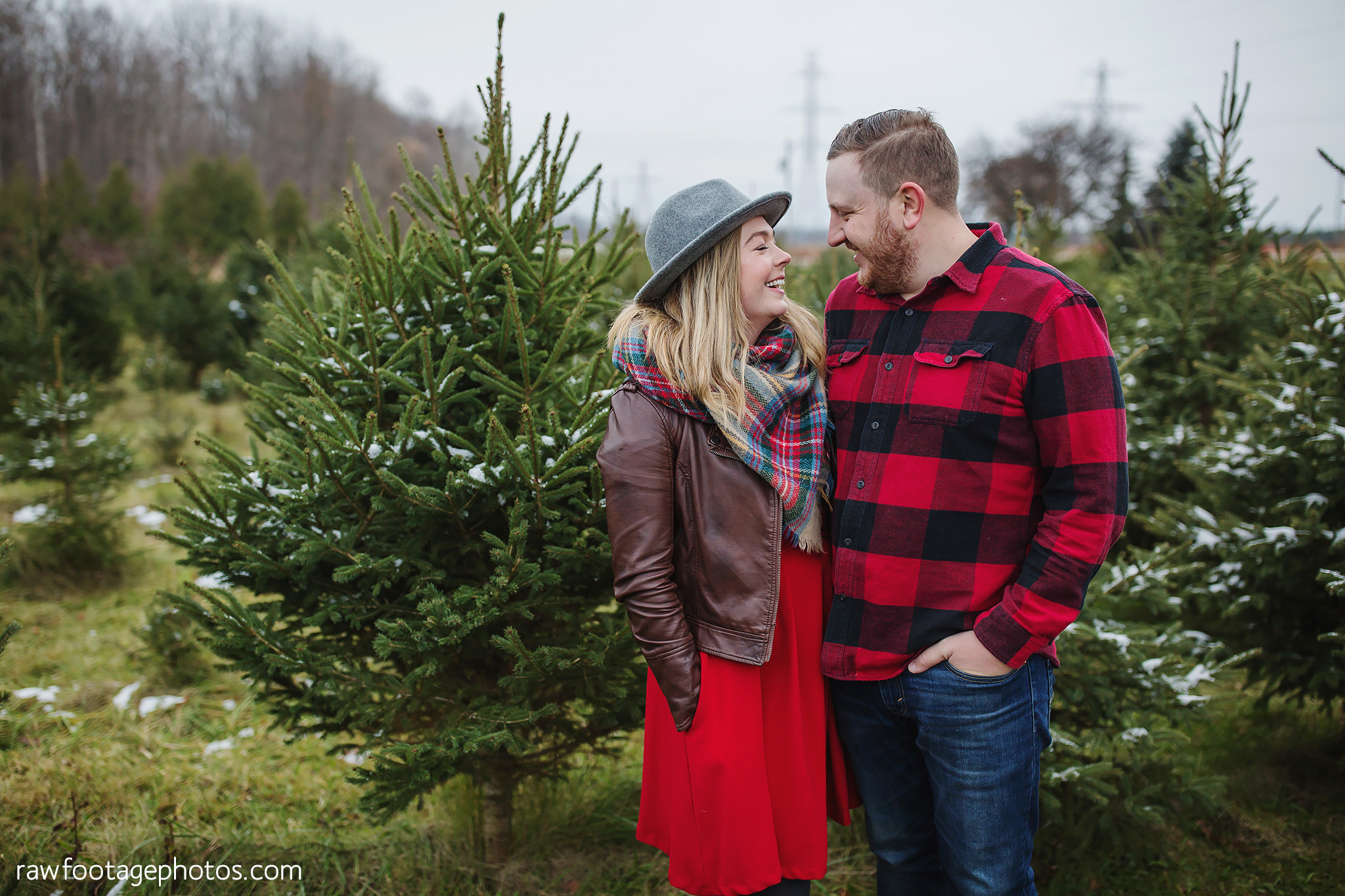london_ontario_family_photographer-raw_footage_photography-tree_farm_minis-christmas_sessions-winter0046.jpg