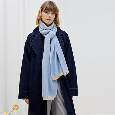 KOWTOW - Conscious women's label with a strong and minimalist design, using sustainably sourced trims and organic cotton certified by Fairtrade Labelling Organisations International.