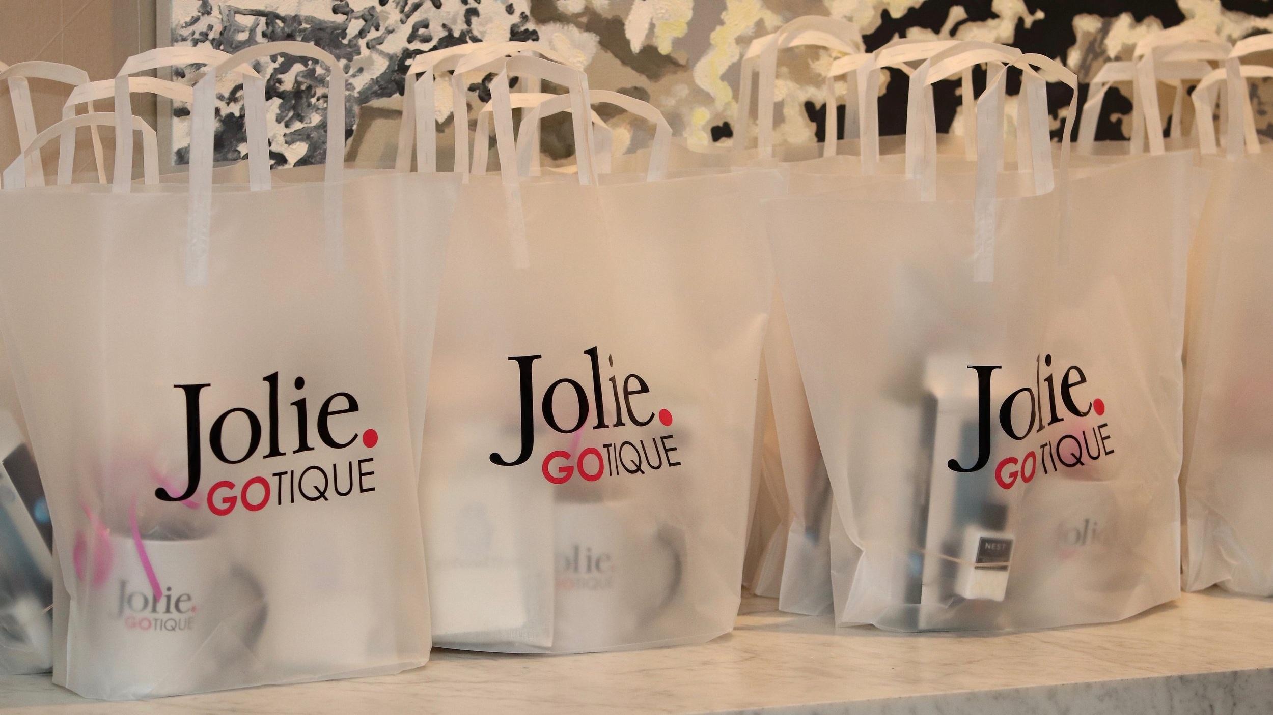 Jolie Gotique
