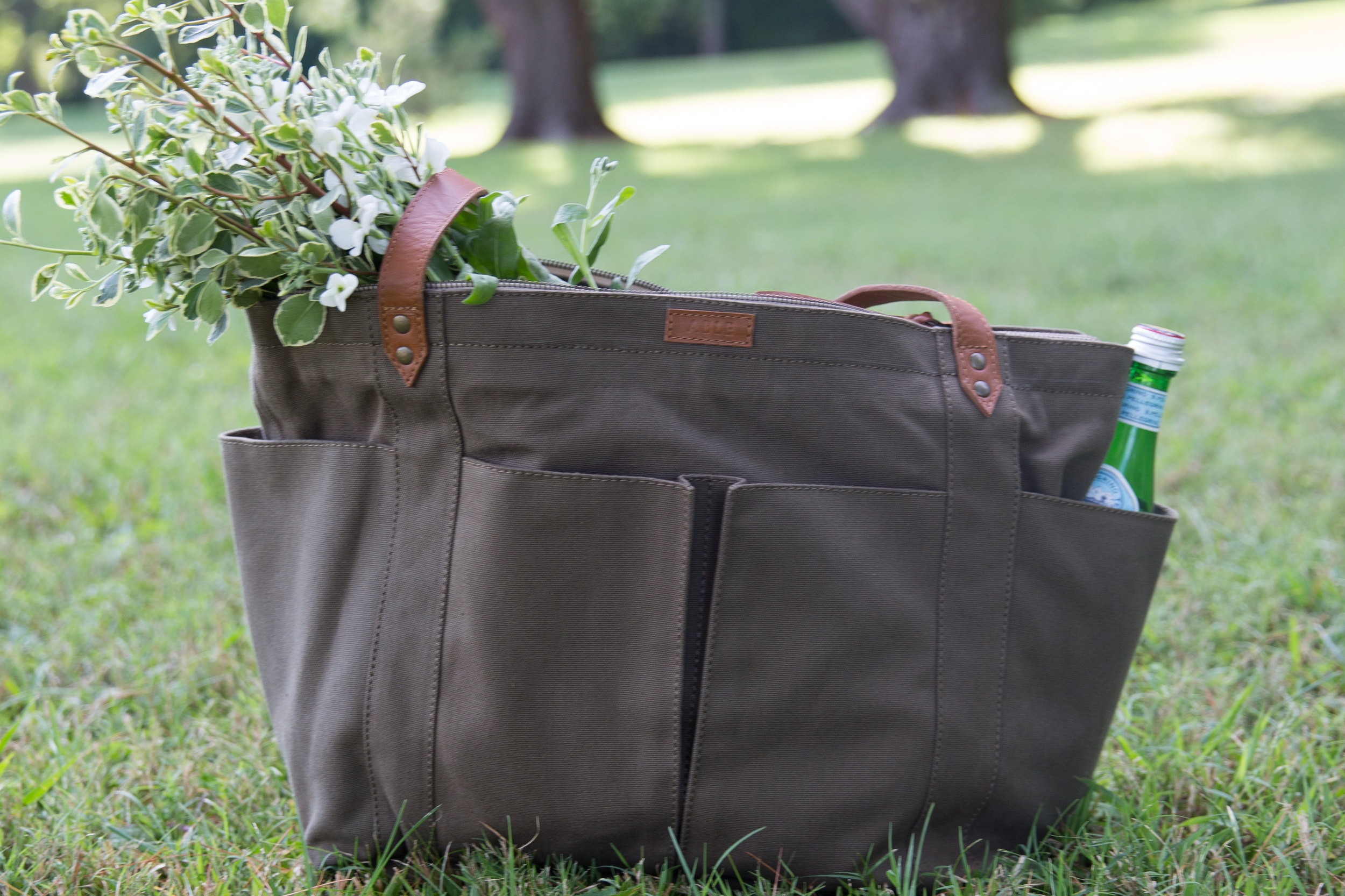 ABLE GARDEN TOTE BAG