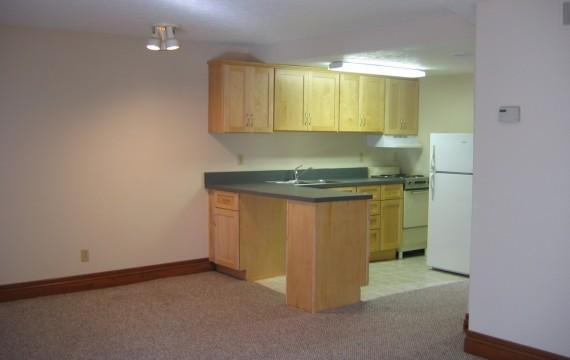 303_kitchen-570x360.jpg