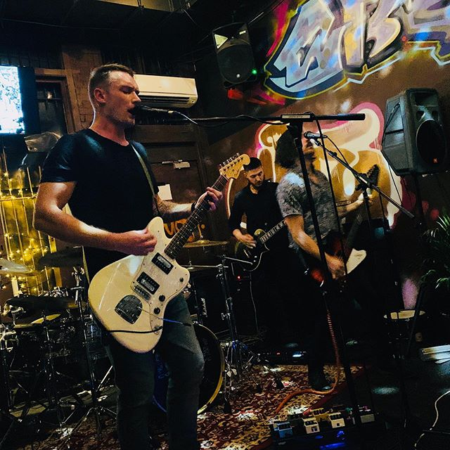 Cheers to everybody who came out last night for the show and thanks to @terminalzeroaustralia and @jollyroger_thevalley for having us.  Keep an eye out we got plenty going on the next few months 👁  #forthewolves #hardrock #rockandroll #rockband #heavymetal #singer #guitarist #fenderguitars #brisbanegigs #livegig #livemusic #nzmusic #aussiemusic #psychedelic #artwork #art