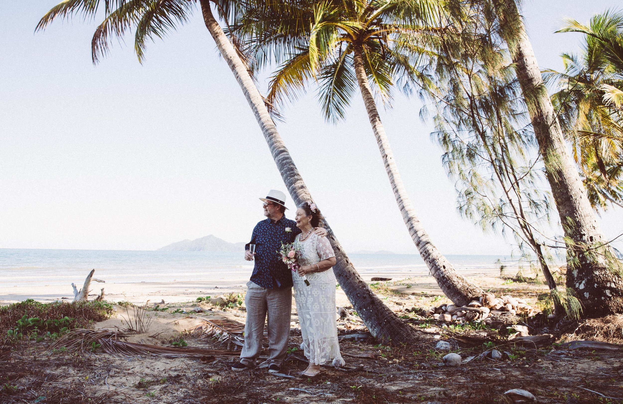 ANDREW AND CATE GOT HITCHED-6.jpg