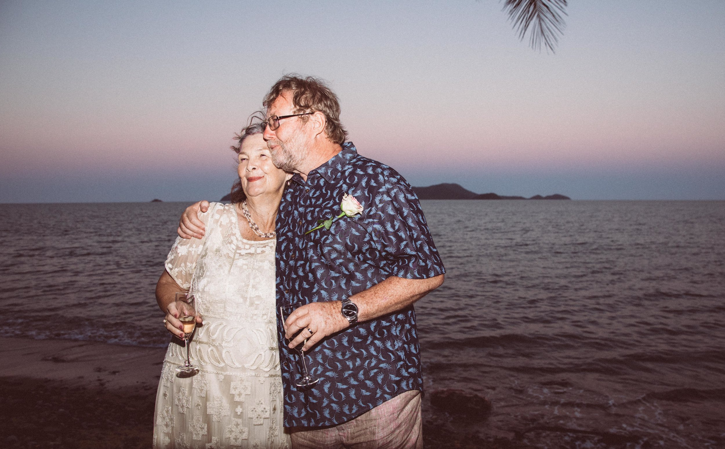 ANDREW AND CATE GOT HITCHED-13.jpg