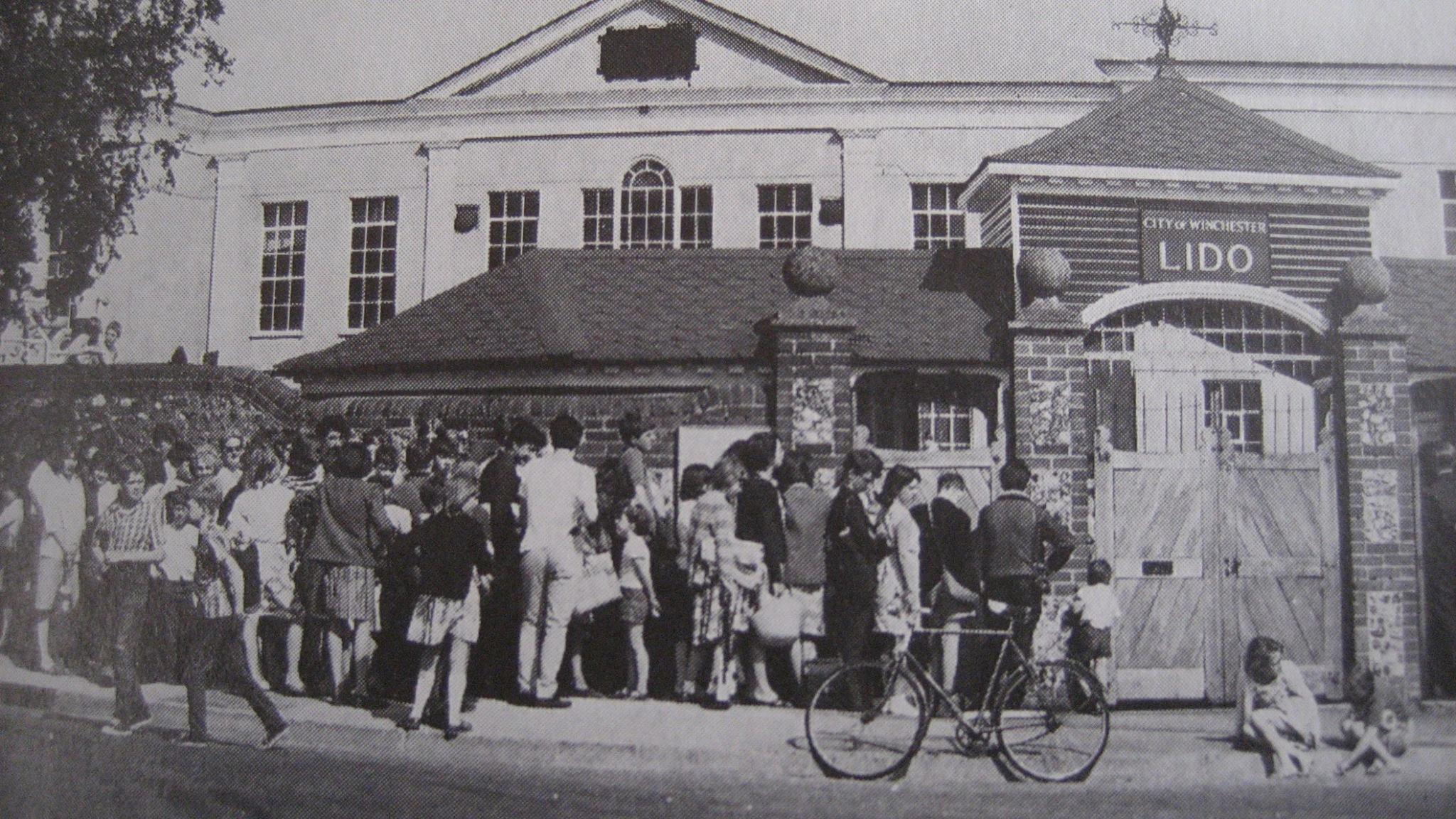 Lido 1965.jpg