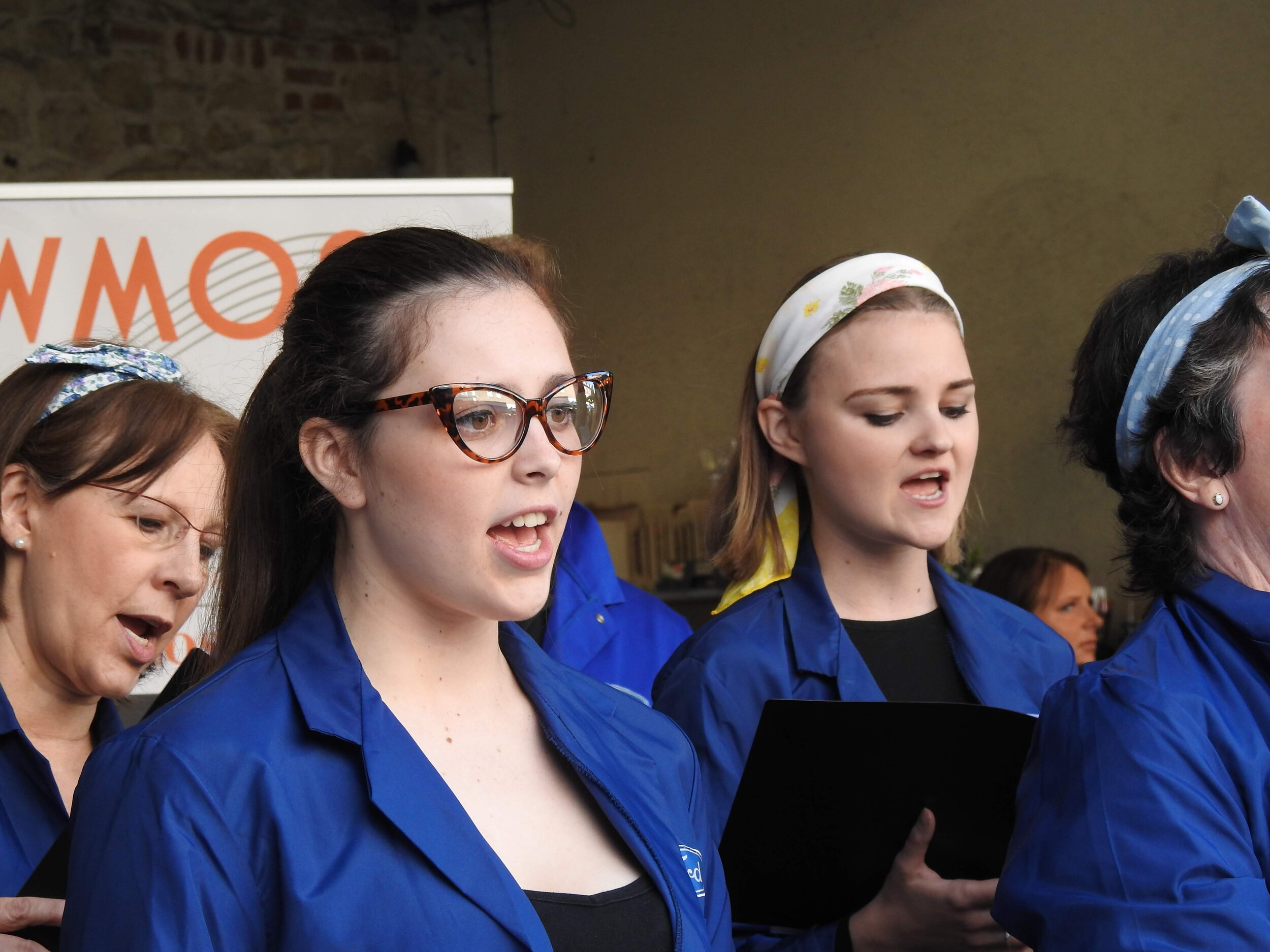 Singing on the High Street!