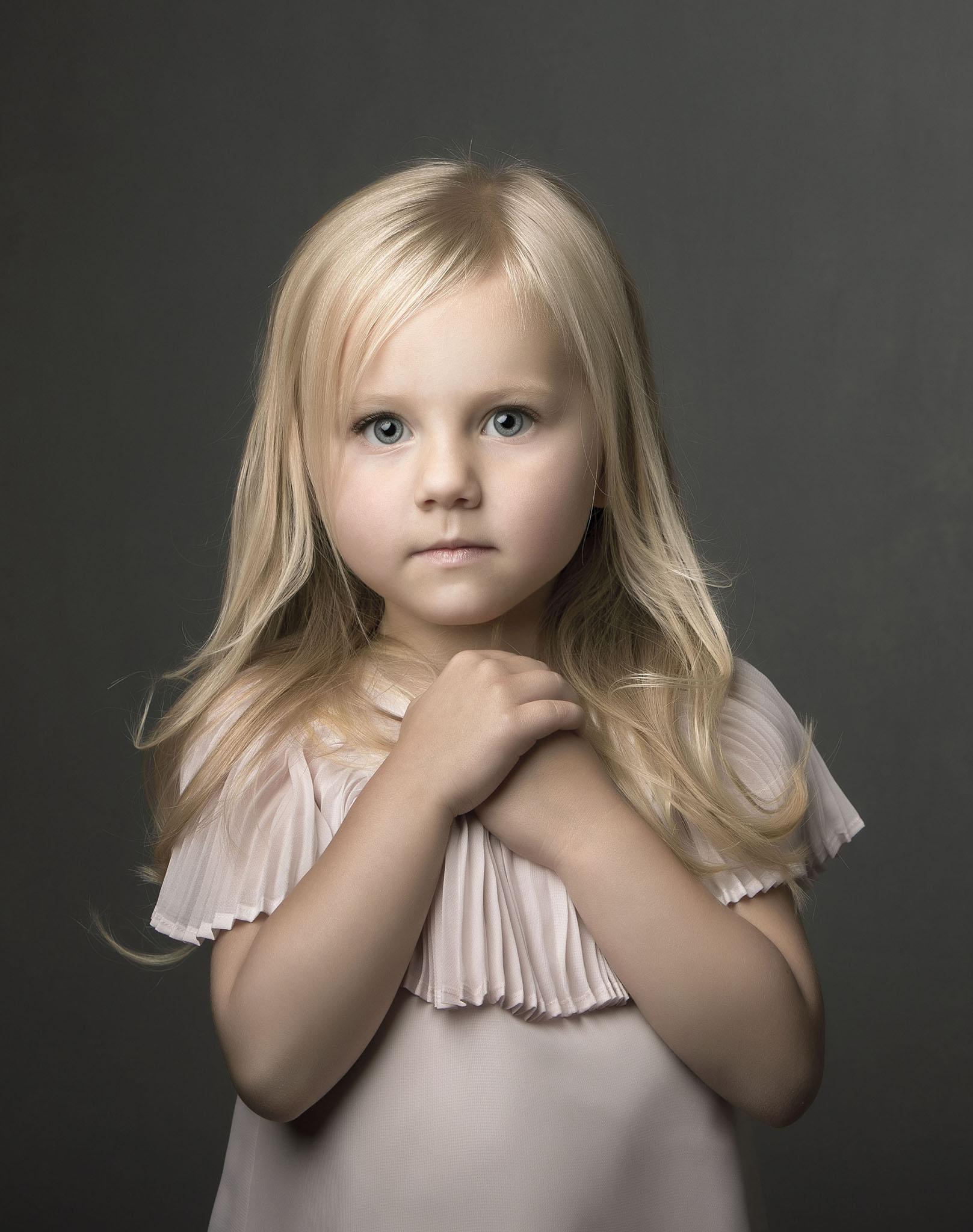 elizabethgphotography_kingslangley_hertfordshire_fineart_childrens_photography_26.jpg