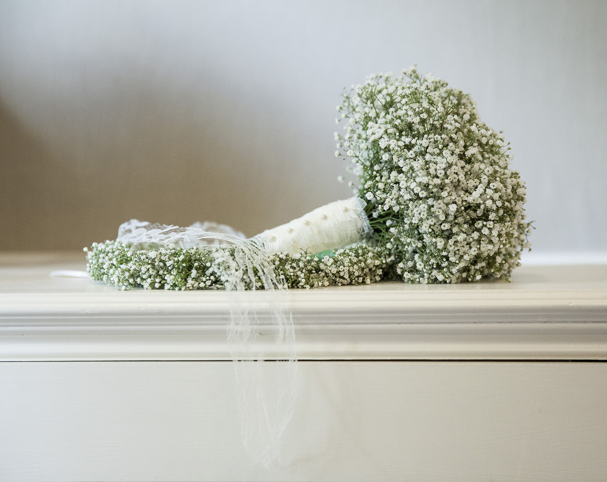 elizabethgphotography_kingslangley_hertfordshire_fineart_wedding_stmichaelsmanor_hotel_stalbans_luciejack_07.jpg