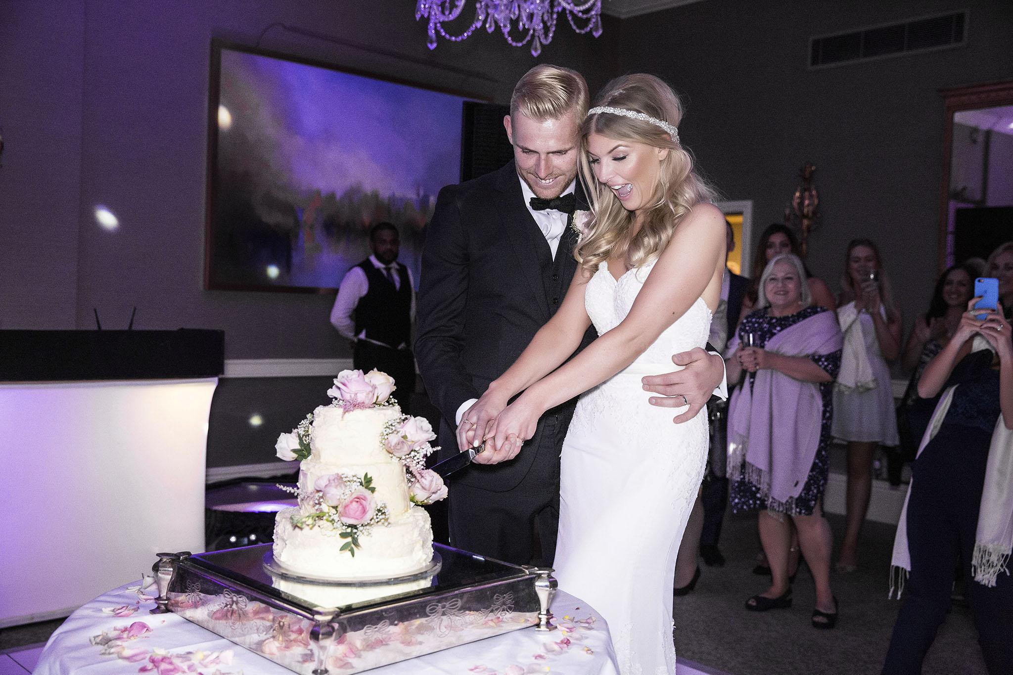 elizabethgphotography_kingslangley_hertfordshire_fineart_wedding_stmichaelsmanor_hotel_stalbans_luciejack_36.jpg