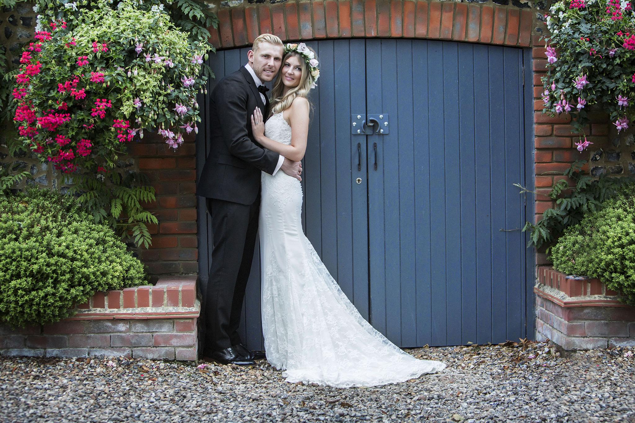 elizabethgphotography_kingslangley_hertfordshire_fineart_wedding_stmichaelsmanor_hotel_stalbans_luciejack_32.jpg