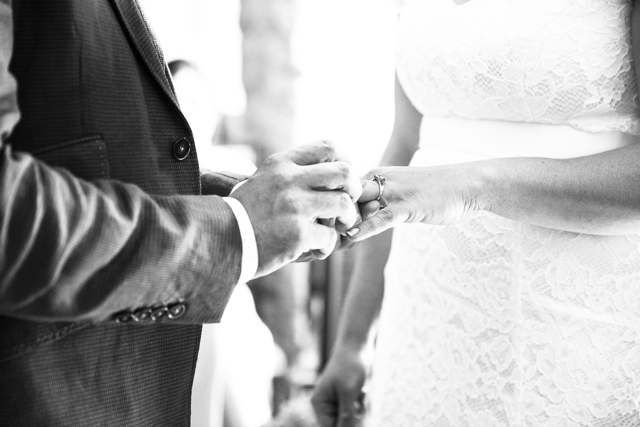 elizabethgphotography_kingslangley_hertfordshire_fineart_wedding_photography_lincolnshire_anna_simon_18.jpg
