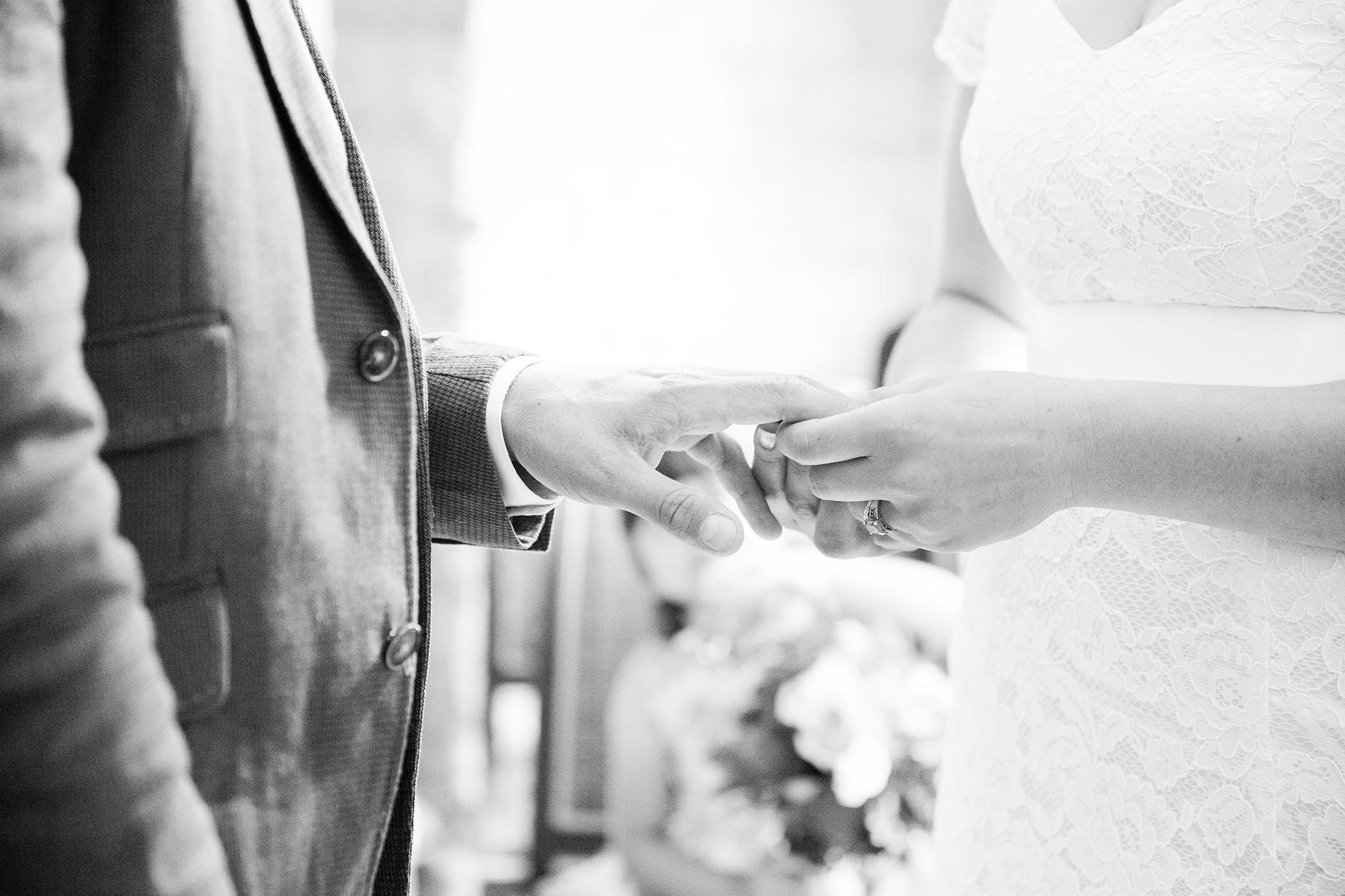elizabethgphotography_kingslangley_hertfordshire_fineart_wedding_photography_lincolnshire_anna_simon_19.jpg