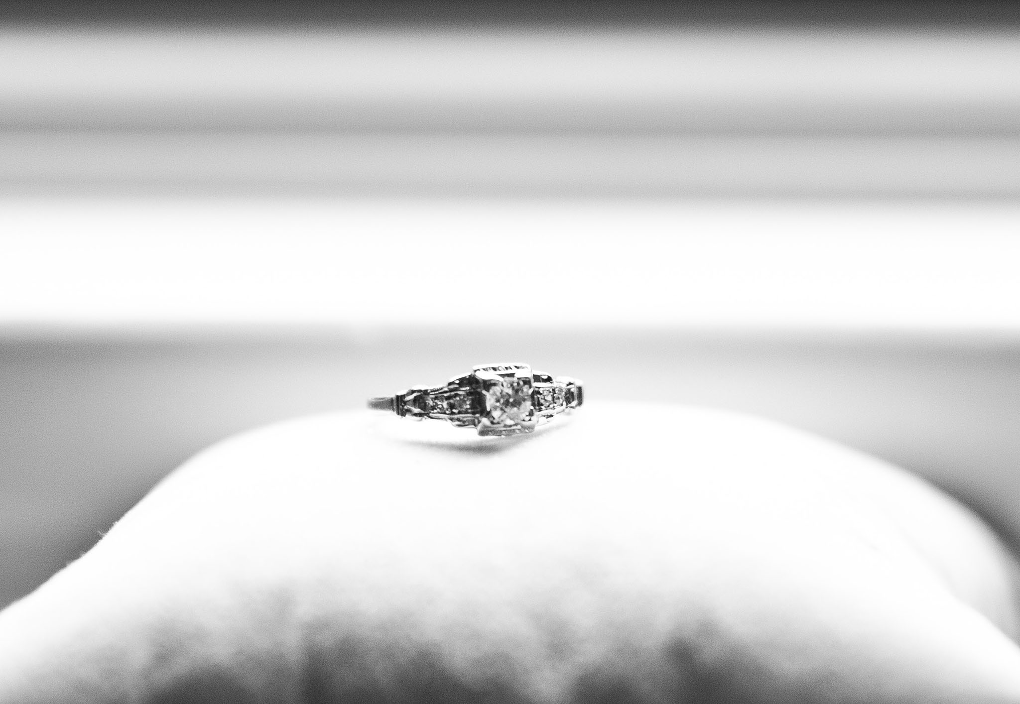 elizabethgphotography_kingslangley_hertfordshire_fineart_wedding_pottersbar_matt_katie_pegg_17.jpg