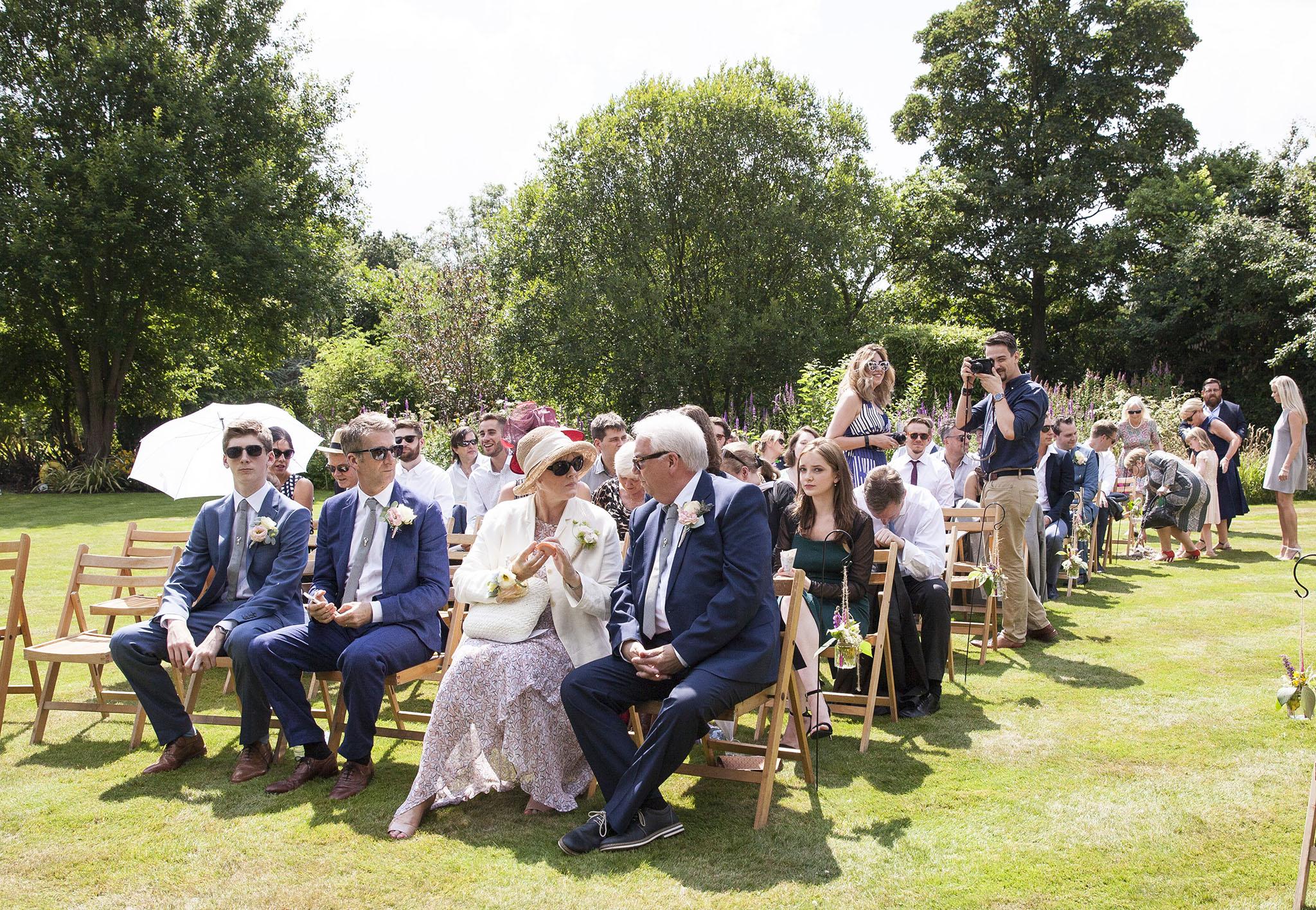 elizabethgphotography_kingslangley_hertfordshire_fineart_wedding_pottersbar_matt_katie_pegg_19.jpg