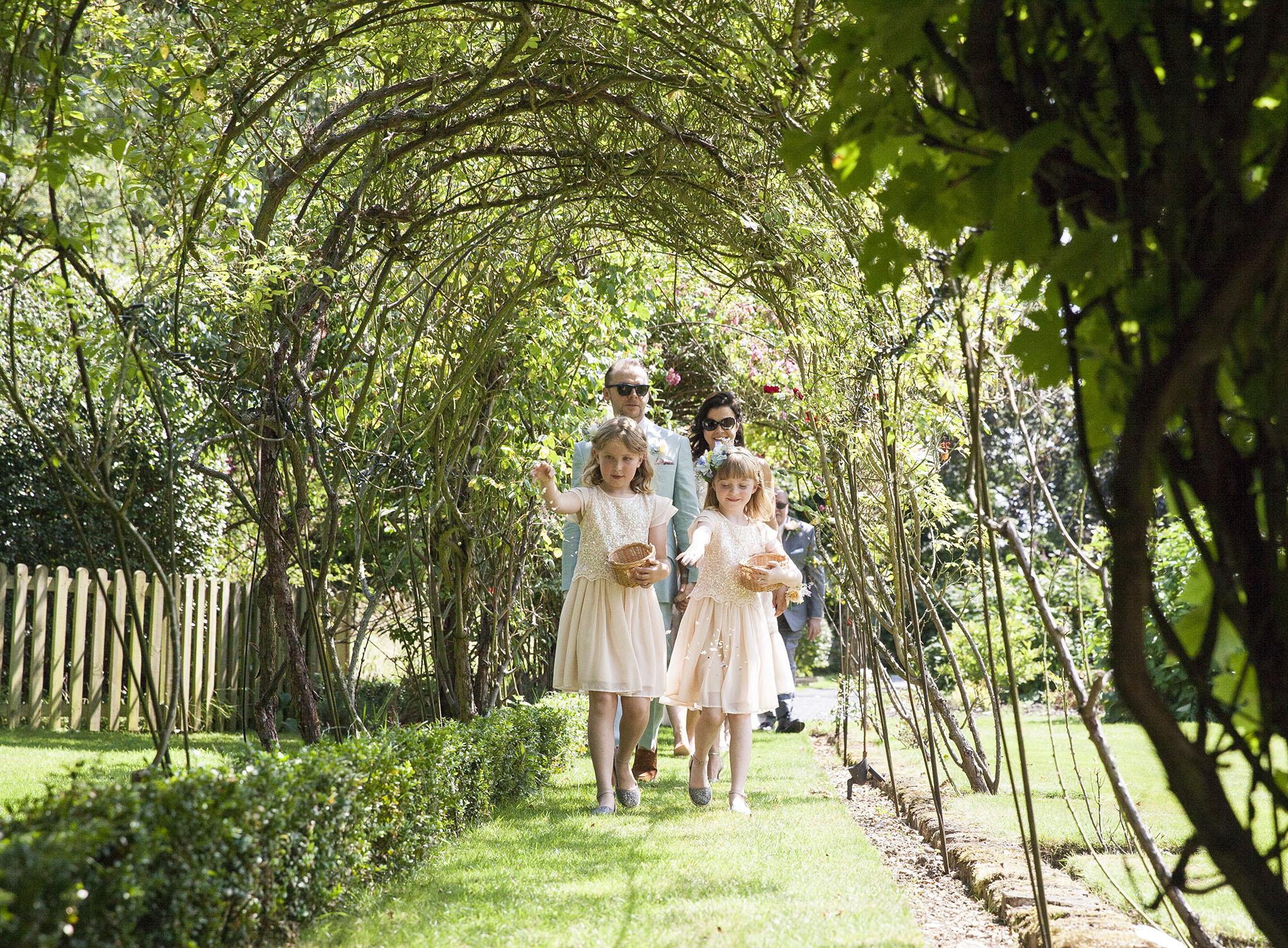 elizabethgphotography_kingslangley_hertfordshire_fineart_wedding_pottersbar_matt_katie_pegg_20.jpg