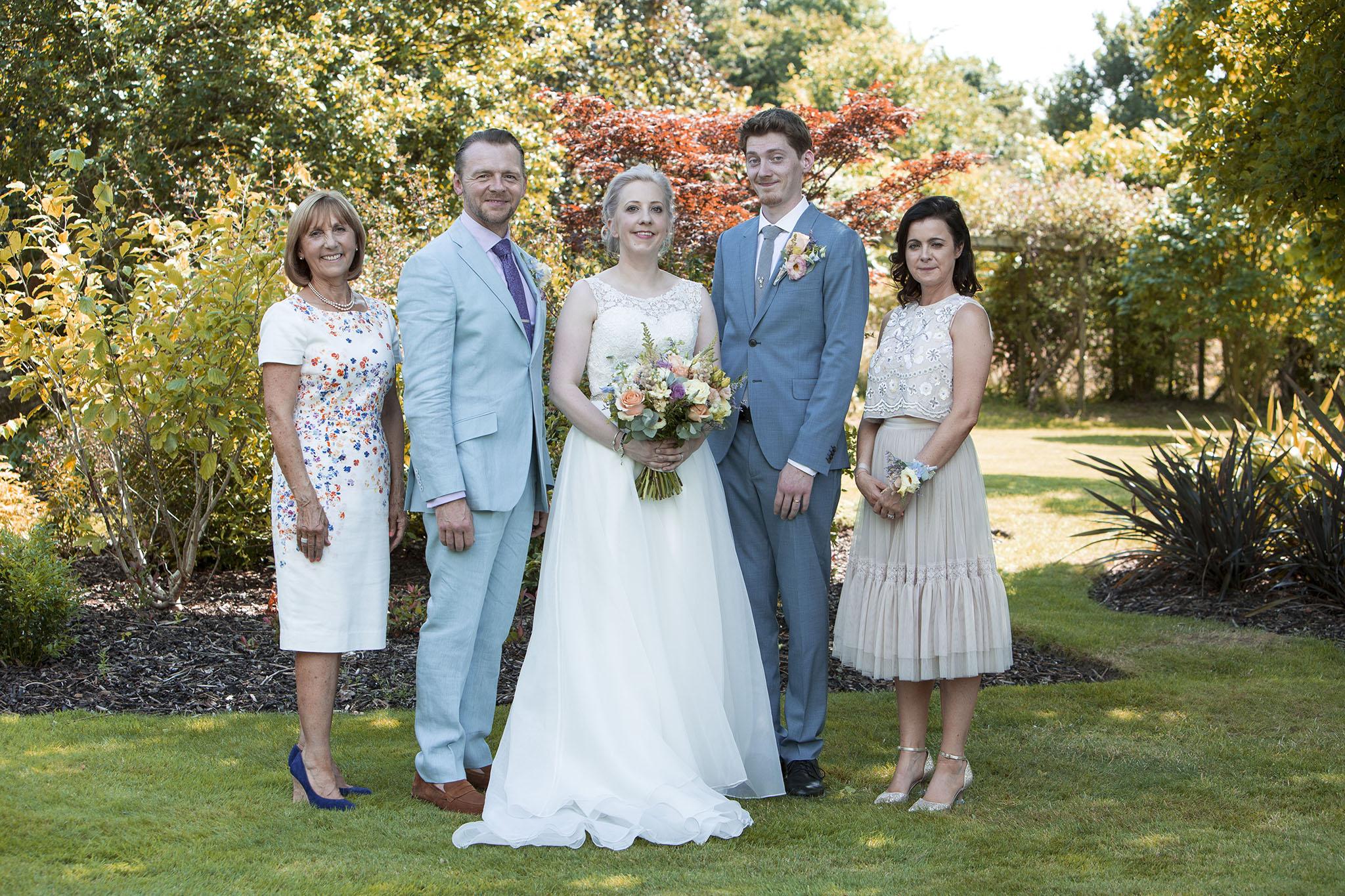 elizabethgphotography_kingslangley_hertfordshire_fineart_wedding_pottersbar_matt_katie_pegg_26.jpg