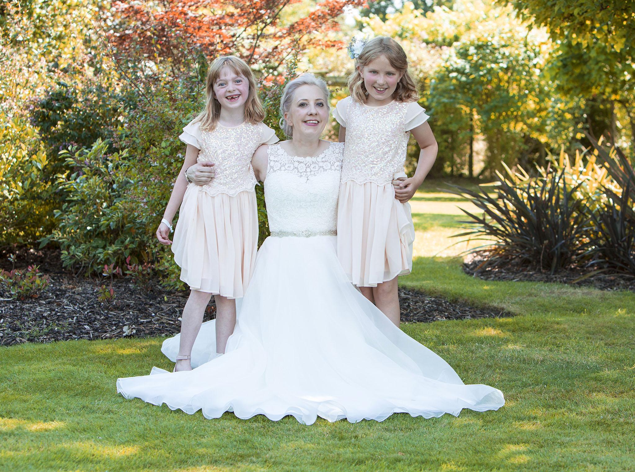 elizabethgphotography_kingslangley_hertfordshire_fineart_wedding_pottersbar_matt_katie_pegg_27.jpg