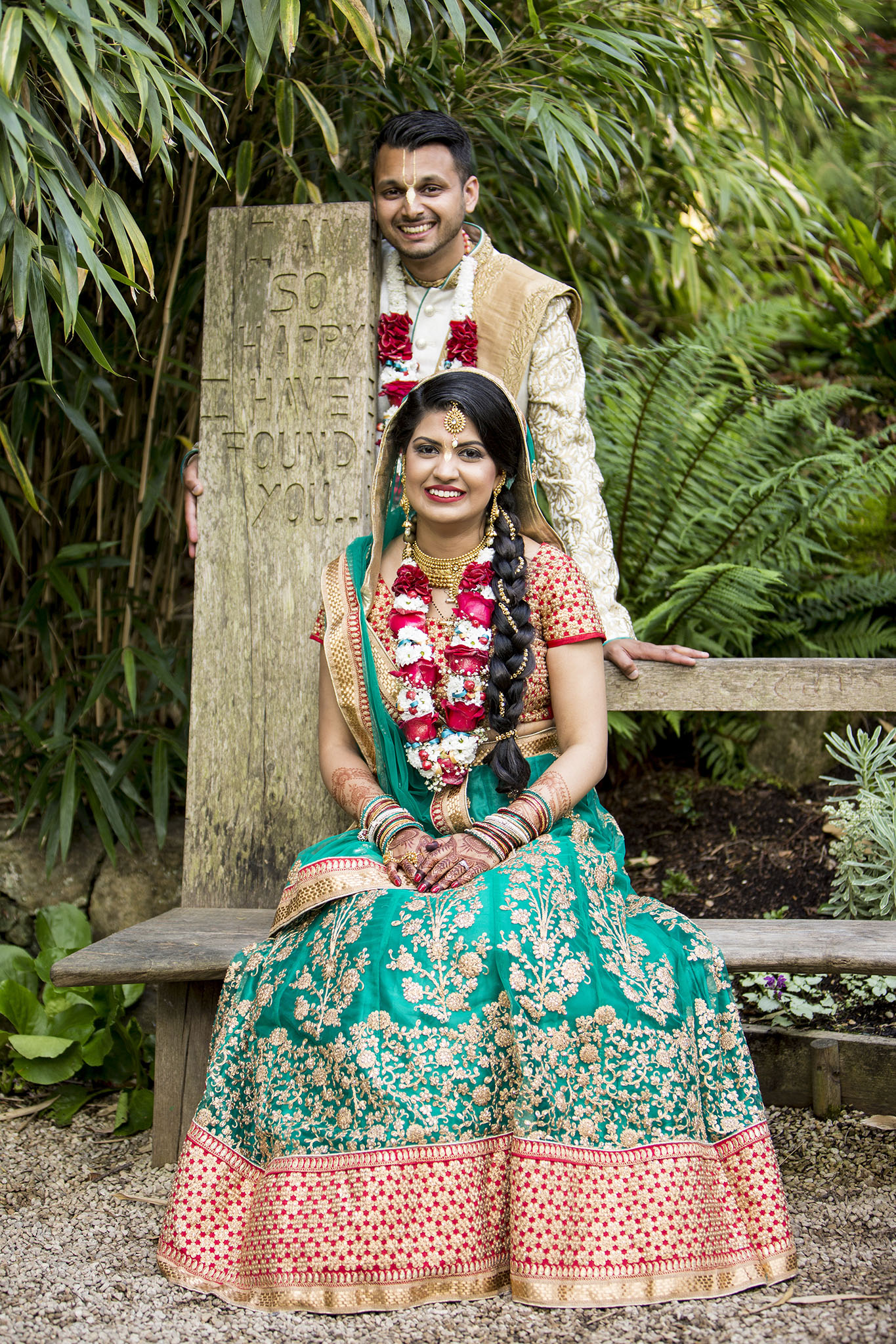 elizabethgphotography_kingslangley_hertfordshire_fineart_indian_wedding_photography_jigna_bhuja_bhaktivedanta_manor_watford_08.jpg