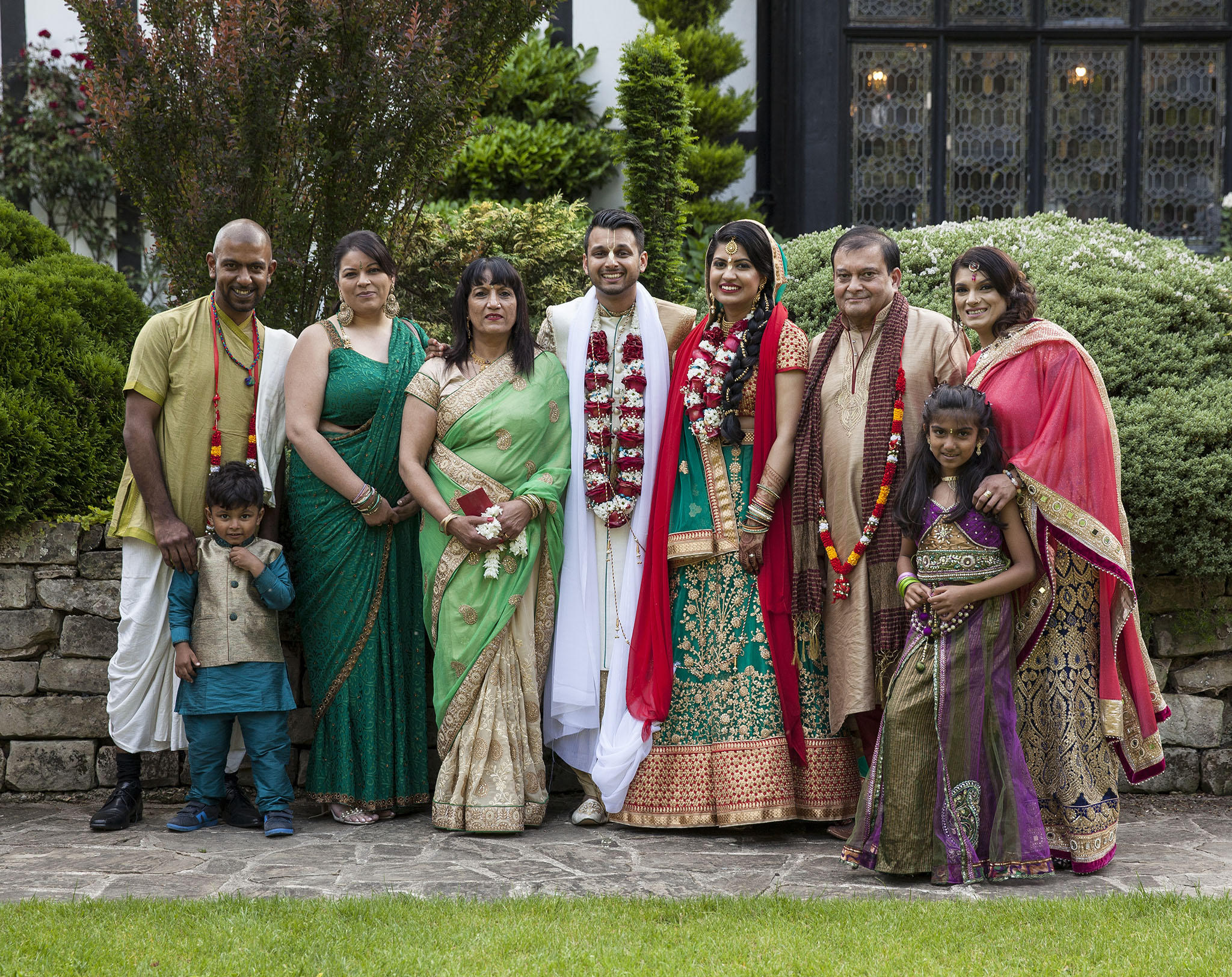 elizabethgphotography_kingslangley_hertfordshire_fineart_indian_wedding_photography_jigna_bhuja_bhaktivedanta_manor_watford_42.jpg