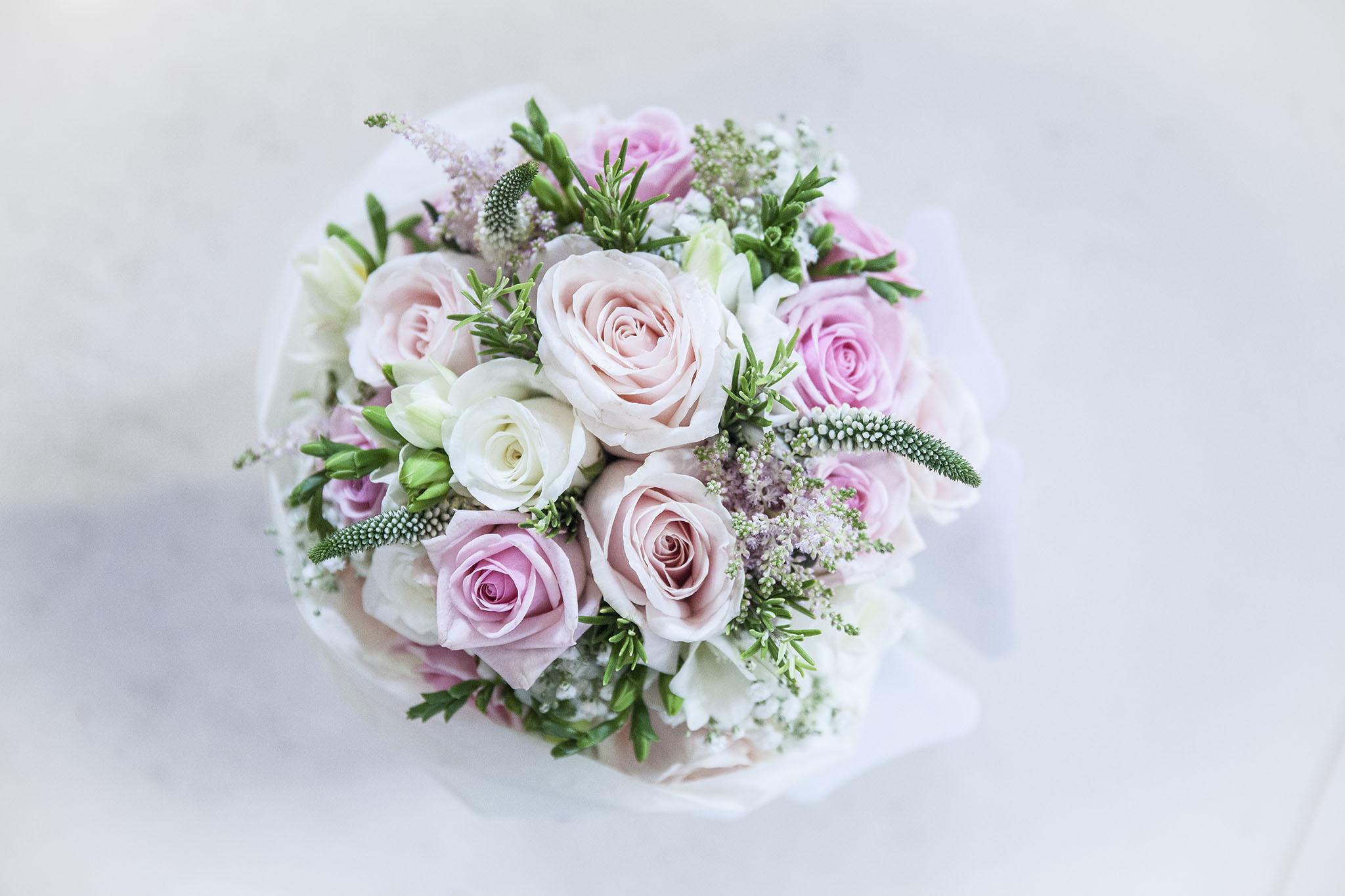 elizabethgphotography_kingslangley_hertfordshire_fineart_wedding_tewinbury_farm_tayna_05.jpg