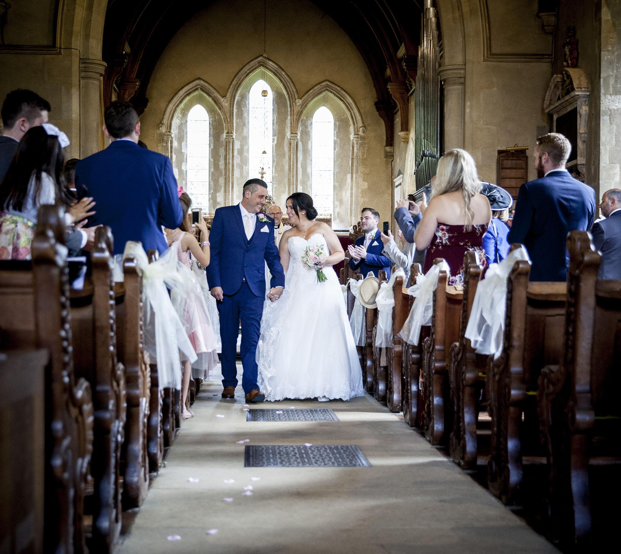 elizabethgphotography_kingslangley_hertfordshire_fineart_wedding_tewinbury_farm_tayna_16.jpg