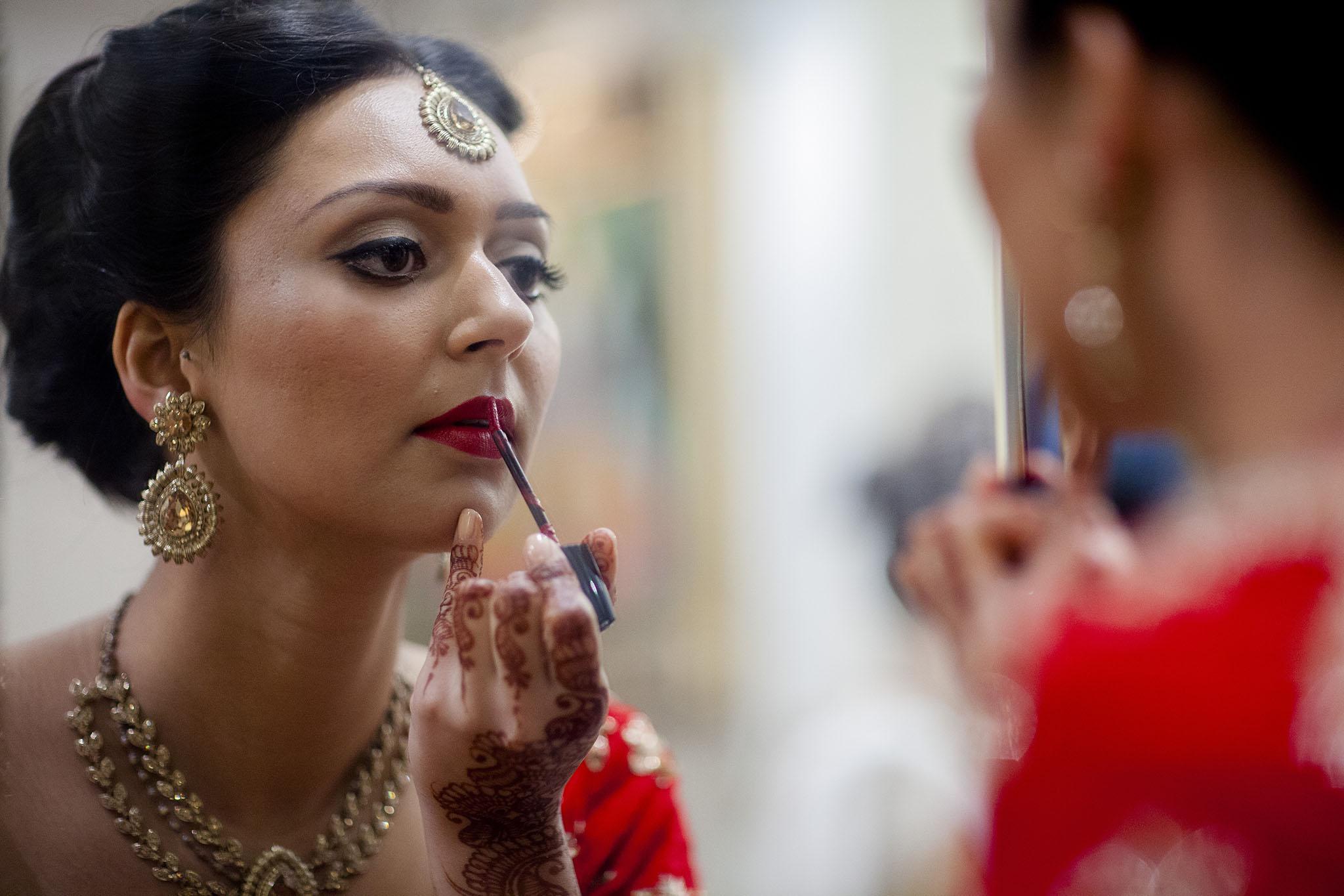 elizabethgphotography_kingslangley_hertfordshire_fineart_indian_wedding_photography_bhavesh_kundalata_bhaktivedanta_manor_watford_jpg03.jpg